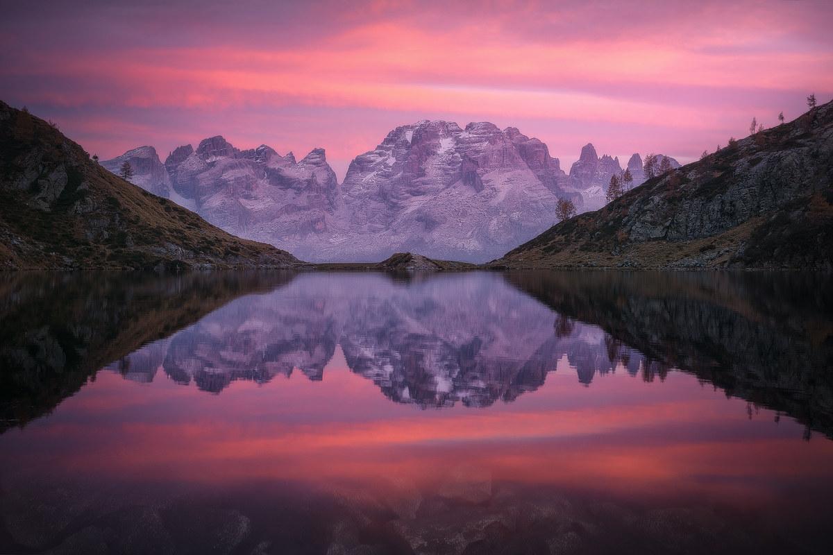 Sunset at Ritorto lake. (Lago Ritorto, 2017)...