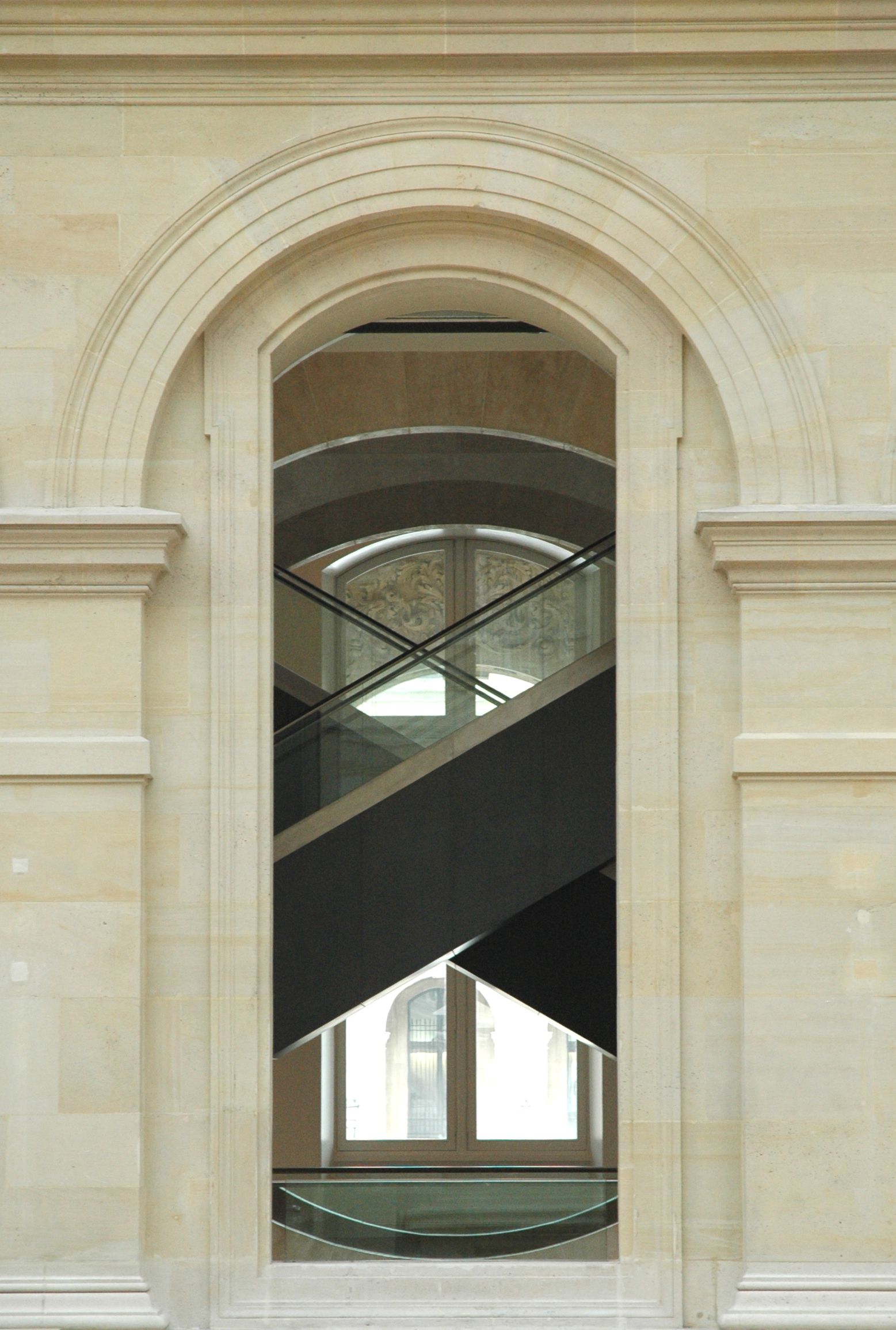Paris, Louvre...