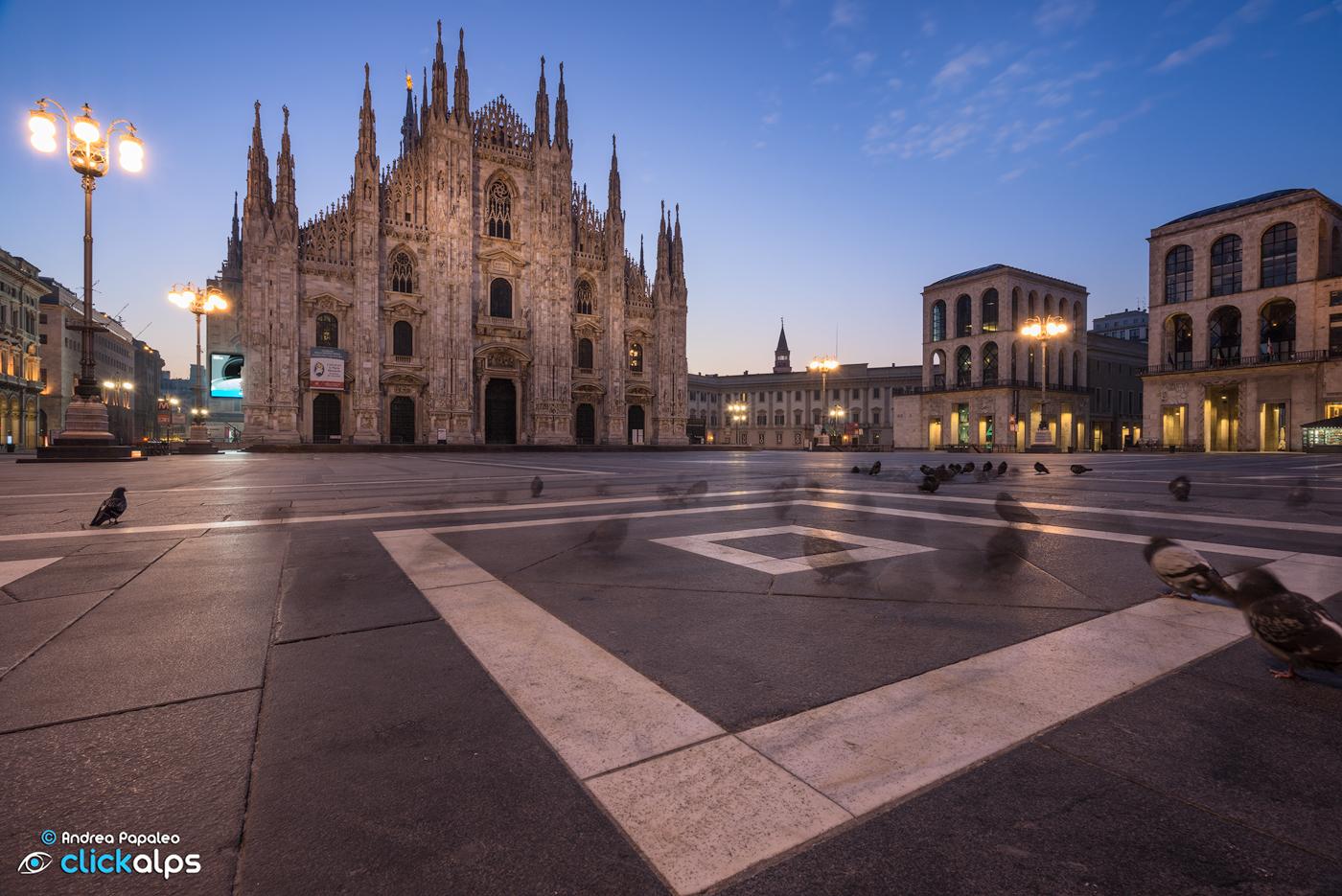 Alba in Piazza Duomo...