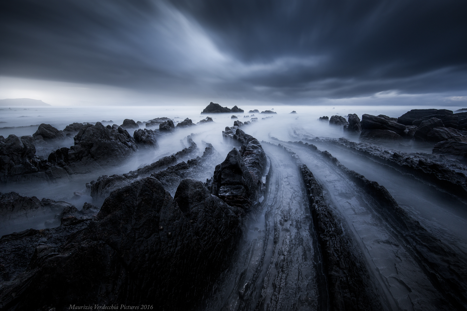 Storm on Playa Barrika...