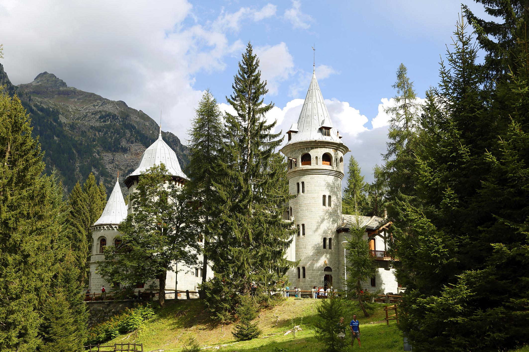 Castel Savoia...