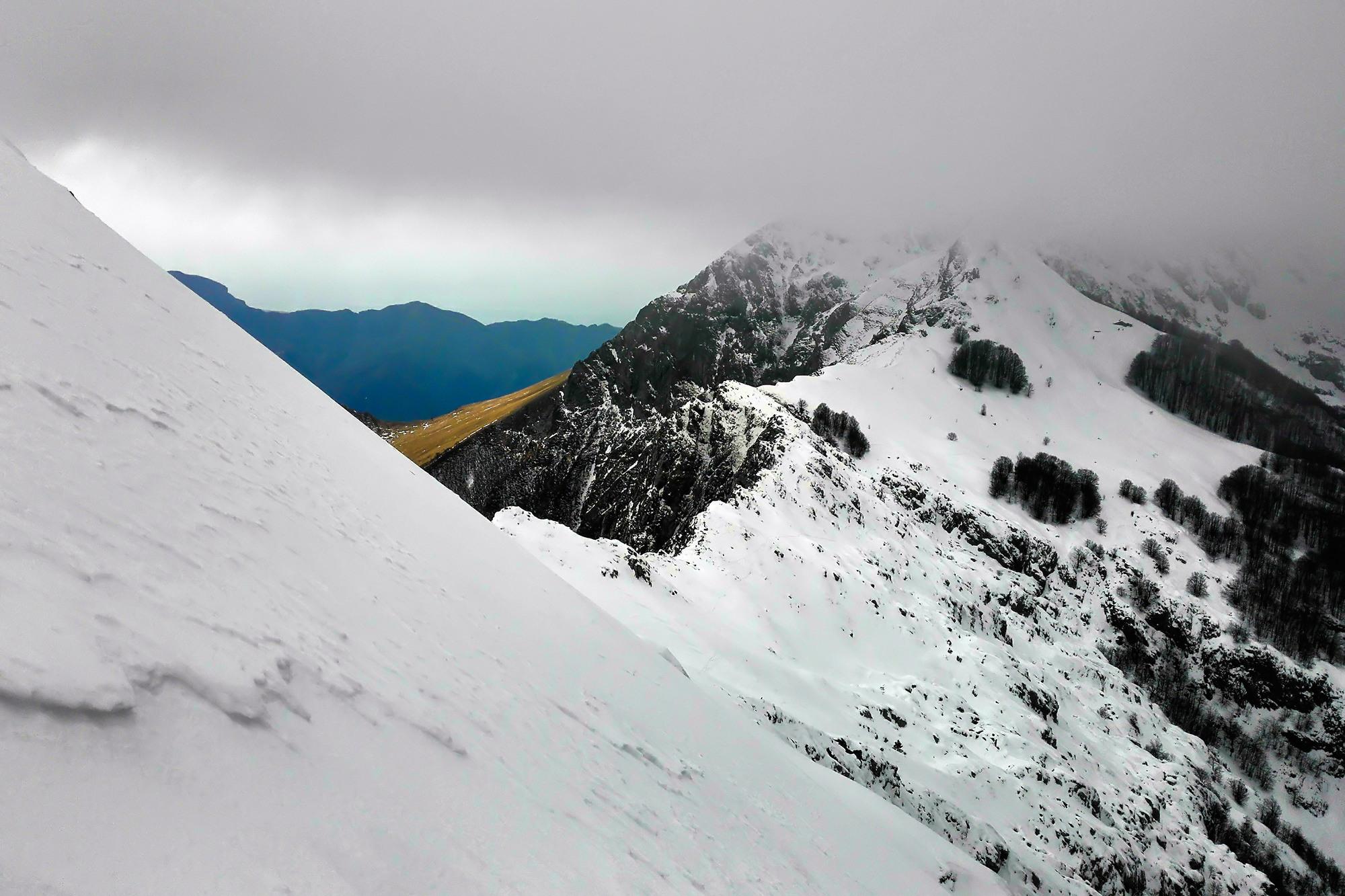 Alpi Apuane, fra ghiaccio e mare...