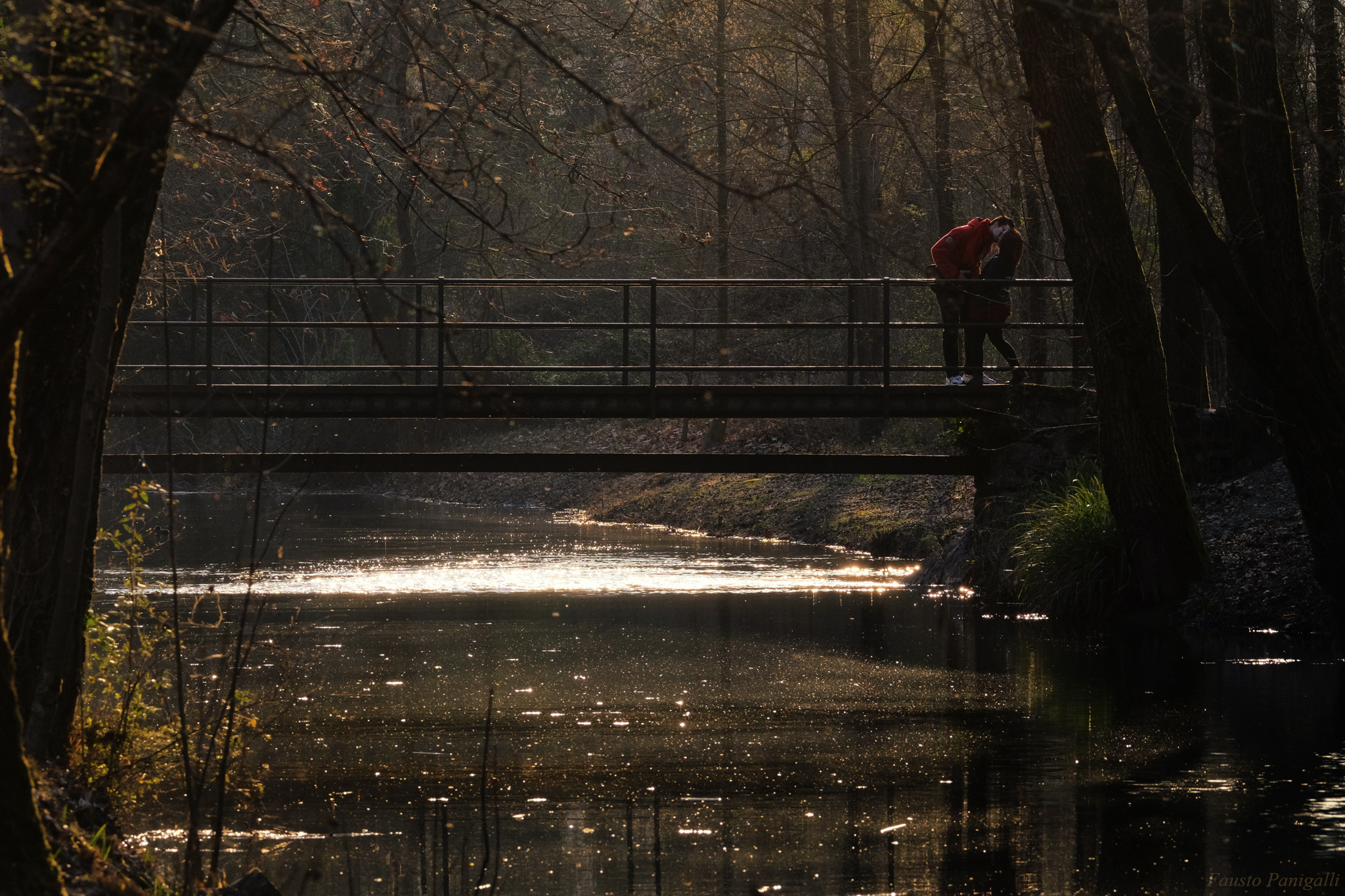 The kiss on the bridge...