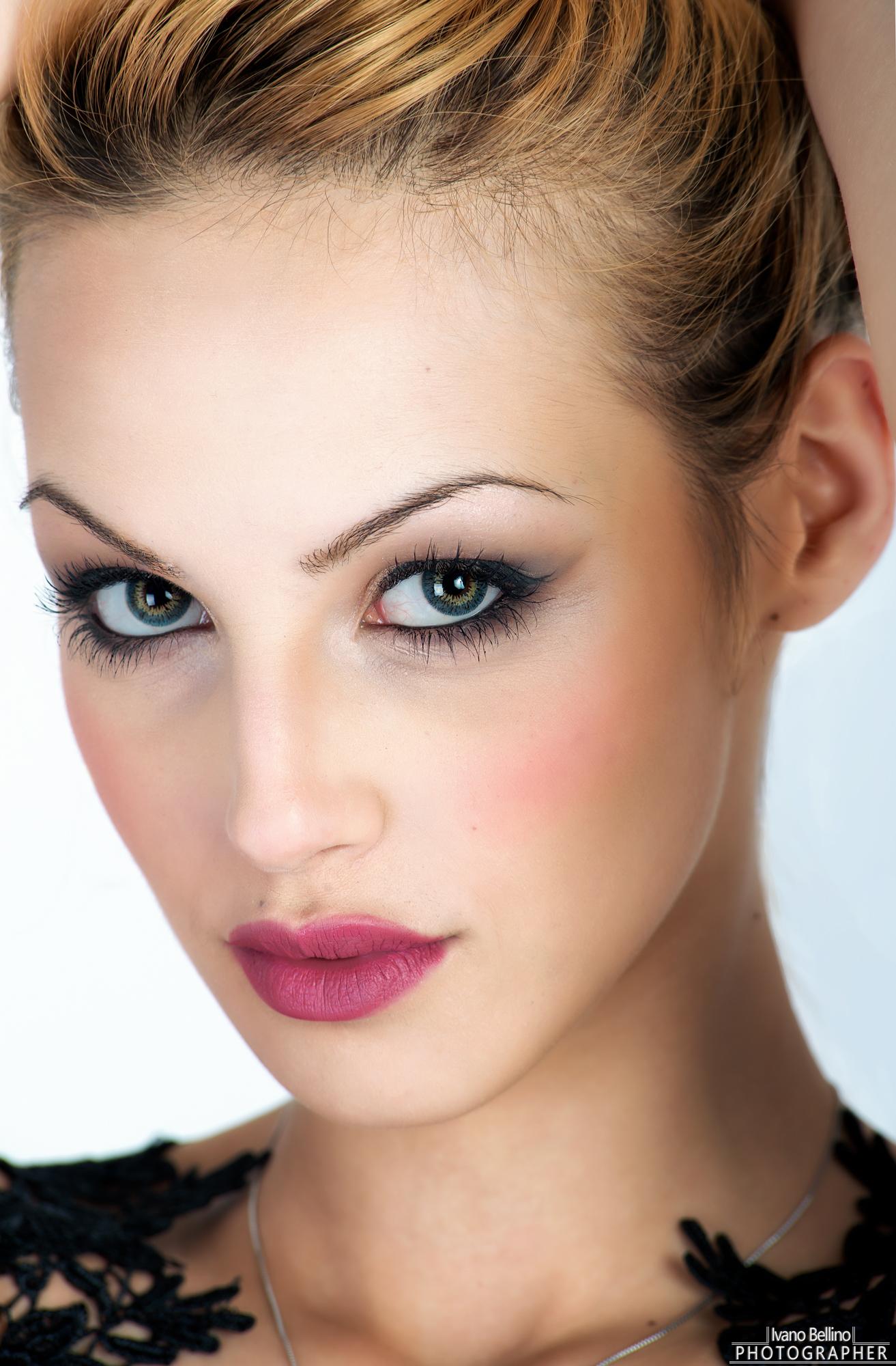 Julienne's eyes...