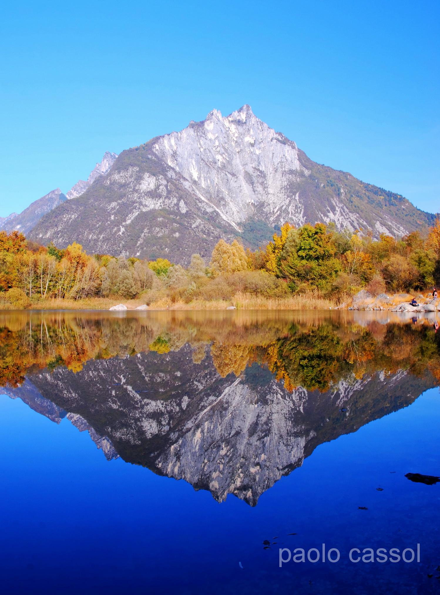 al lago di Vedana si vede anche questo !...