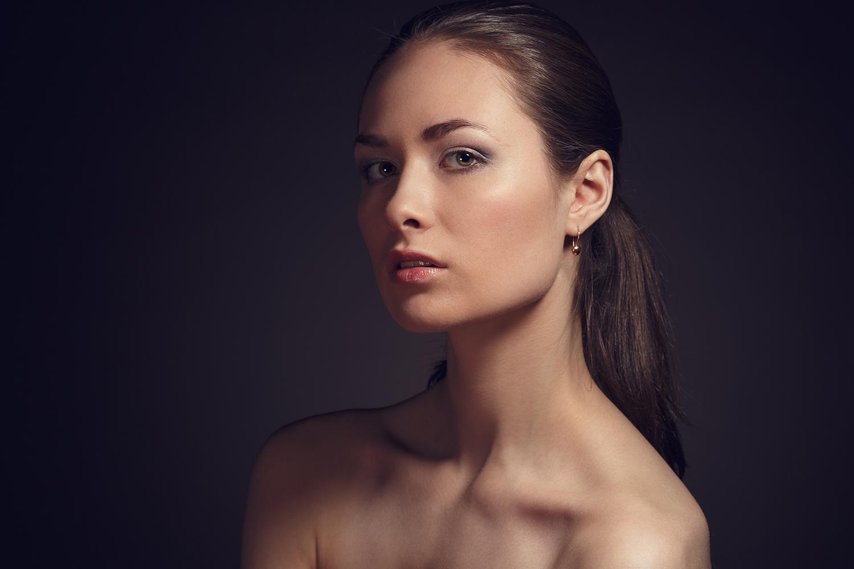 Polina...