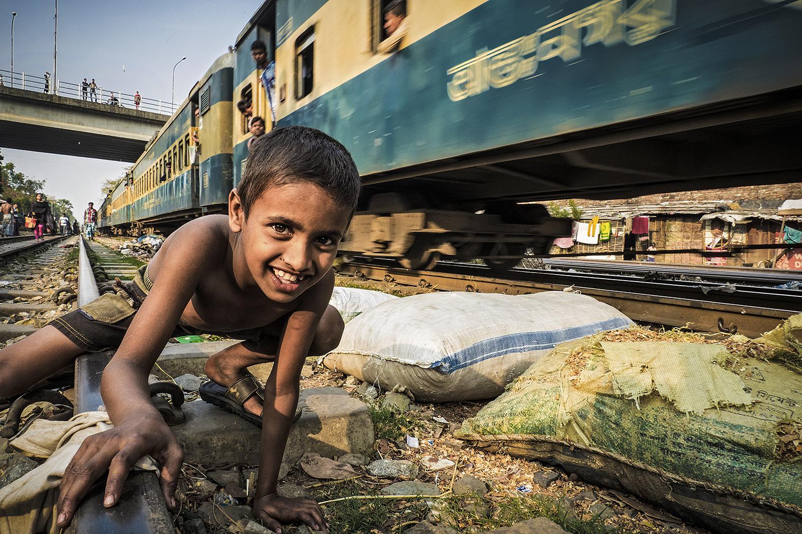 Life on rail line nr. 12 Dhaka...