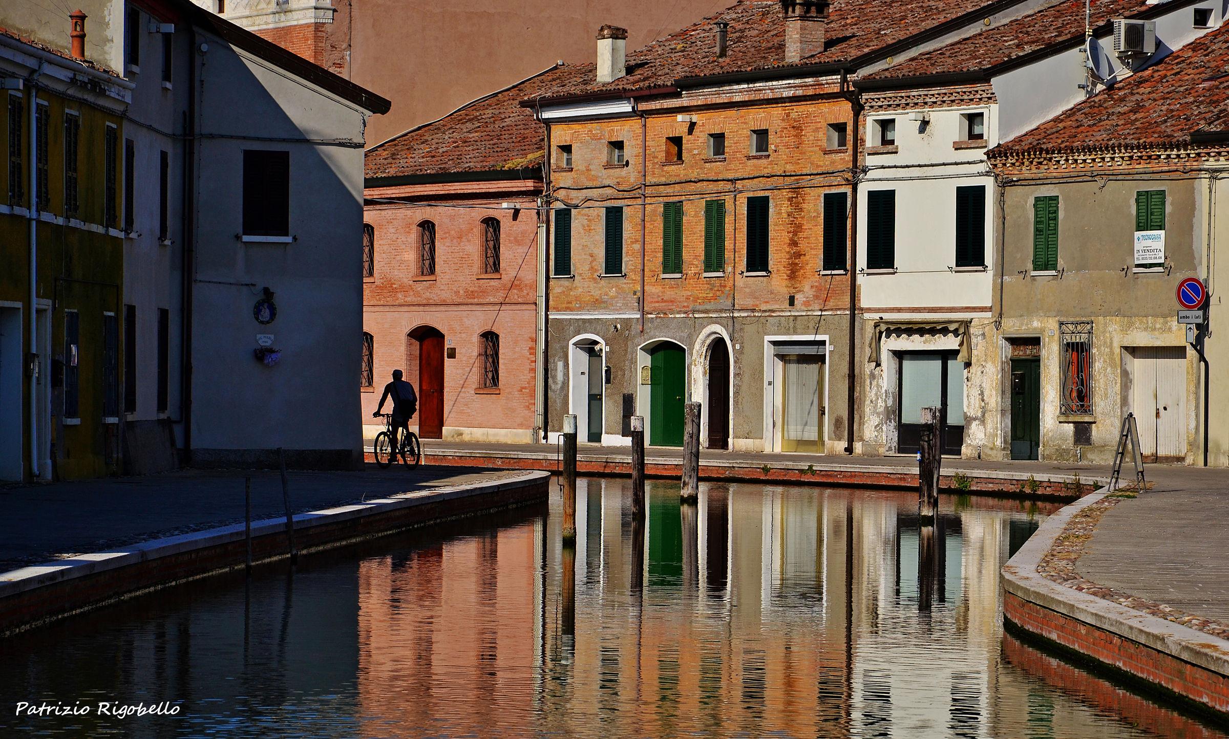 Cyclist in Comacchio...