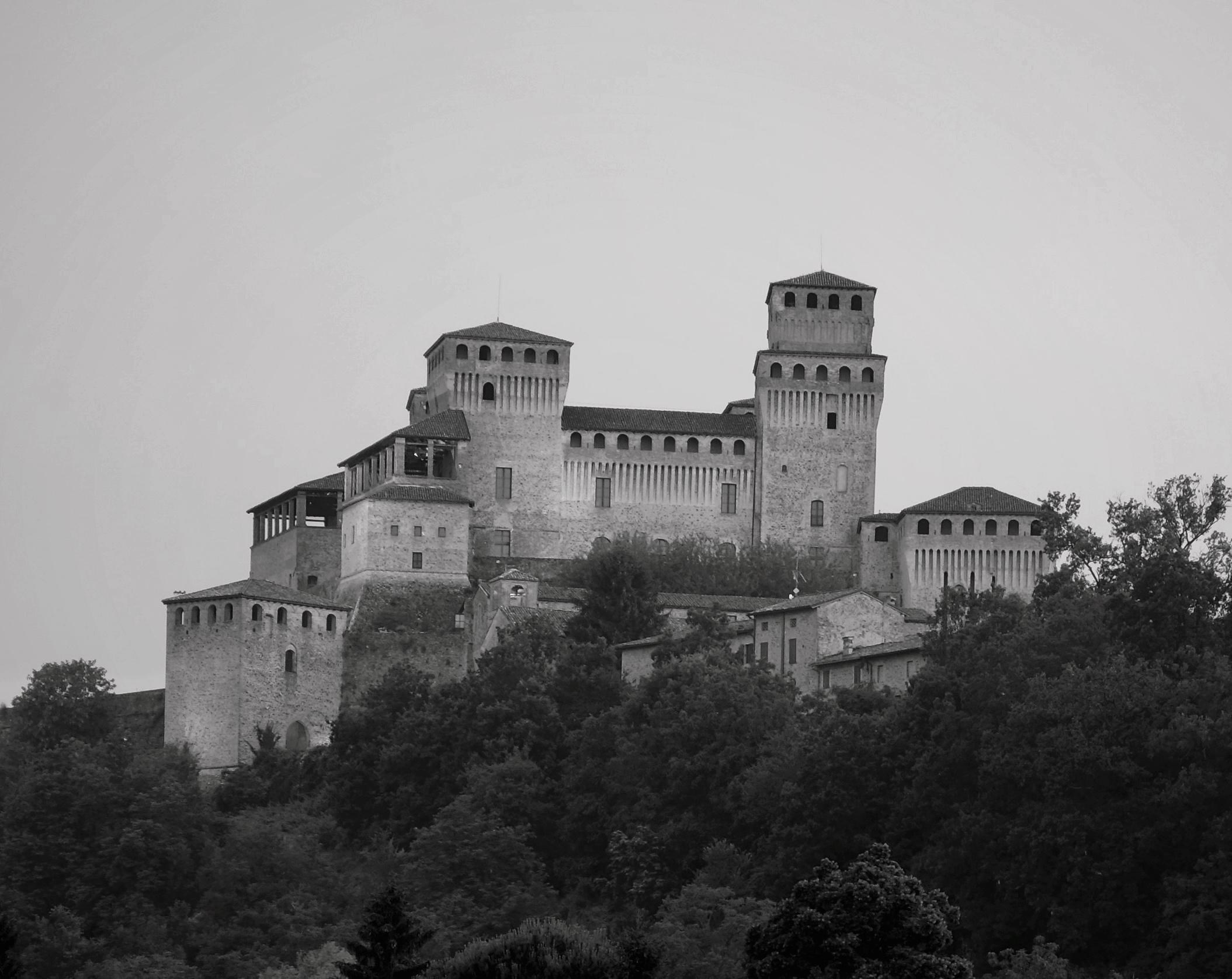 Castle Torrechiara 2...