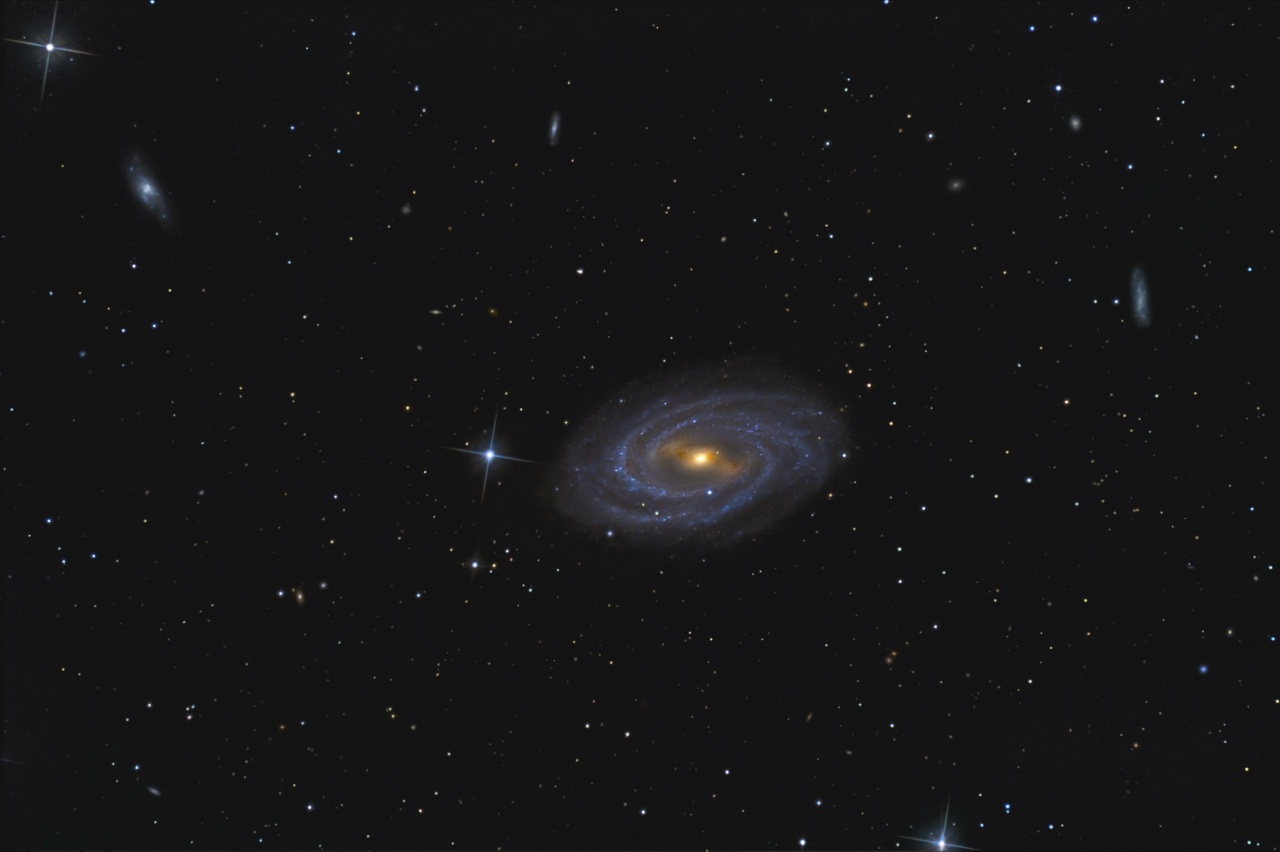 m109, The barred spiral...