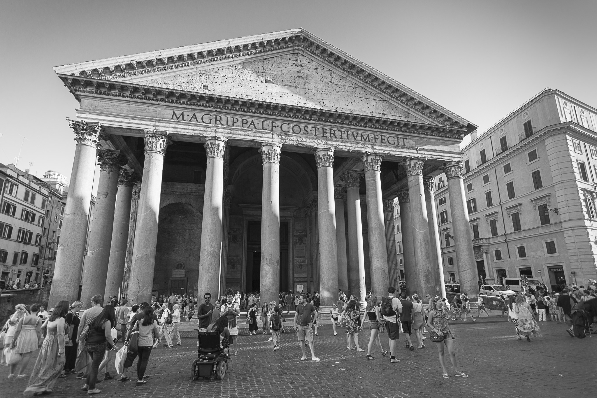 la folla del Pantheon...