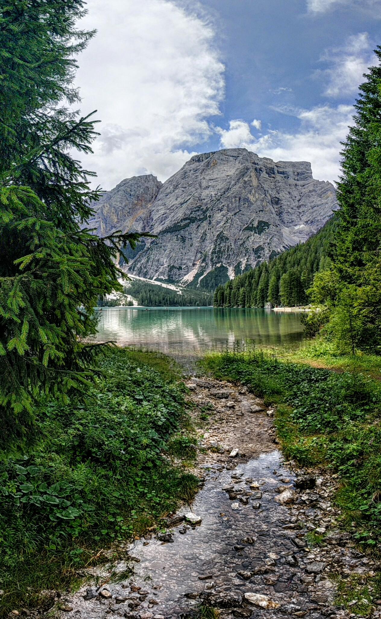 Lago di Braies 2...