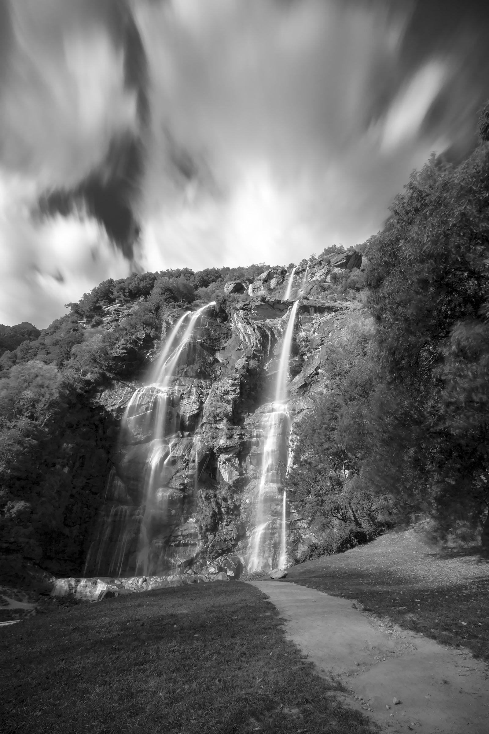 Waterfalls Acquafraggia (Piuro)...