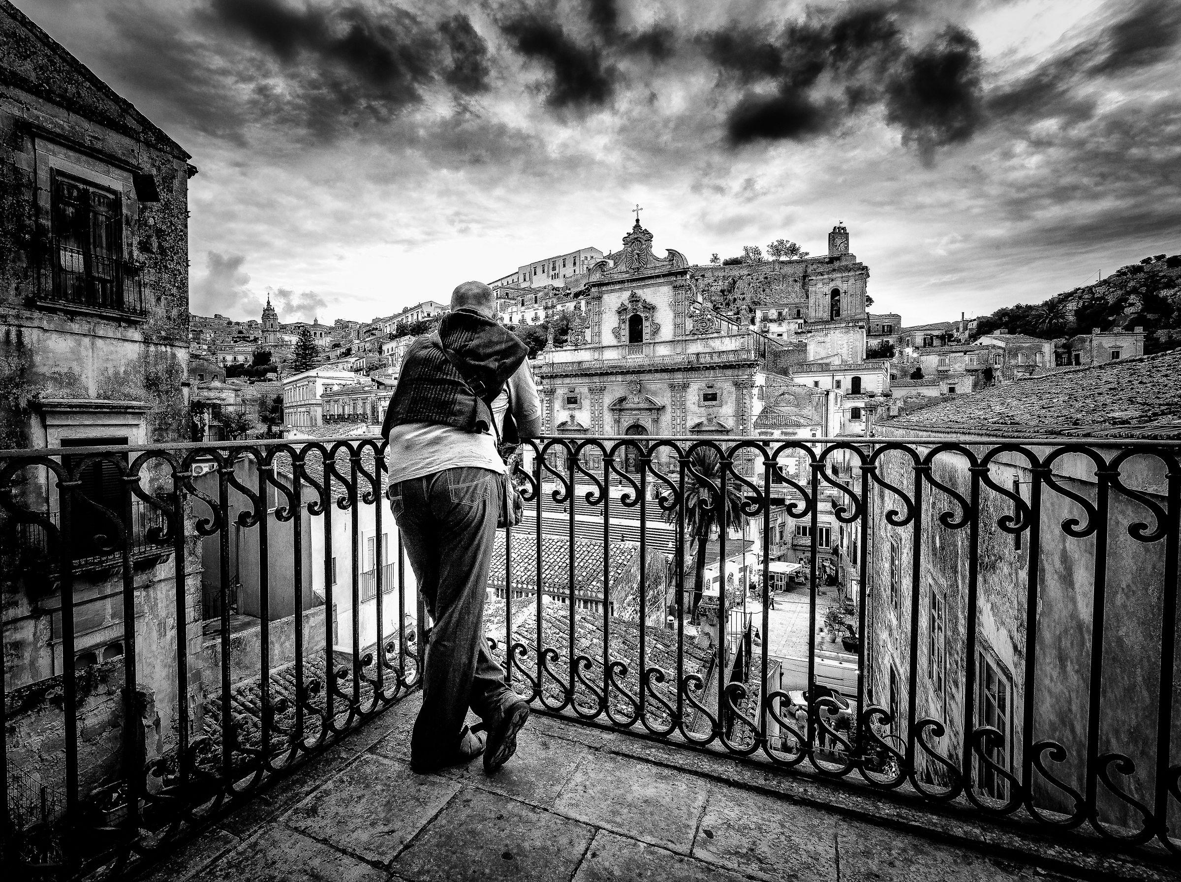 Overlooking the Baroque...
