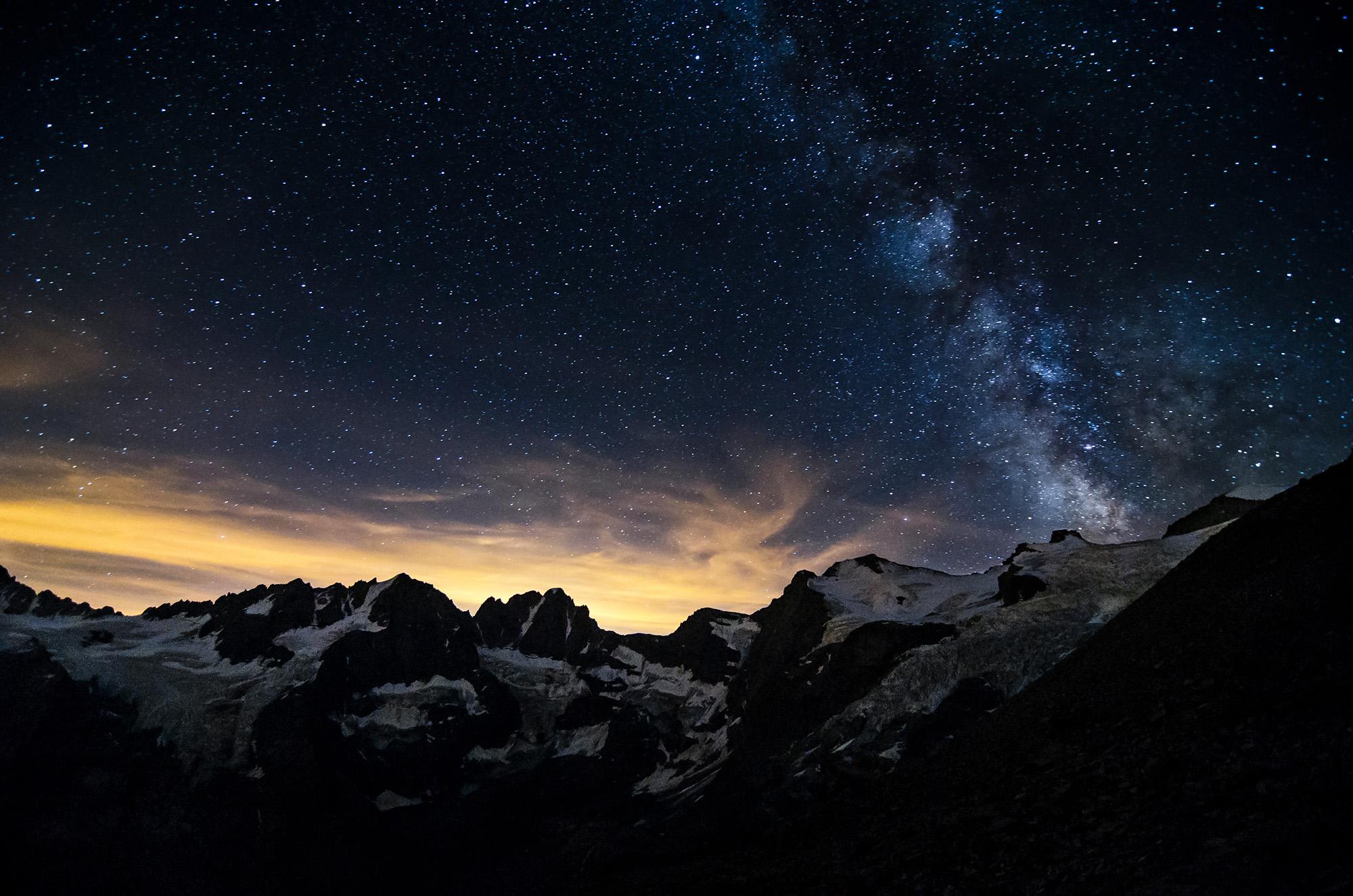 Peaks, ice and stars...