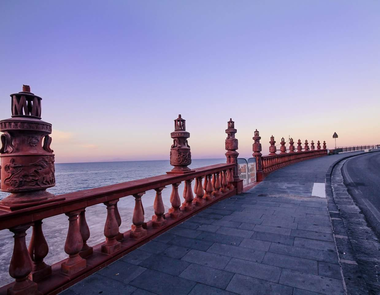 The art on the sea casamicciola...