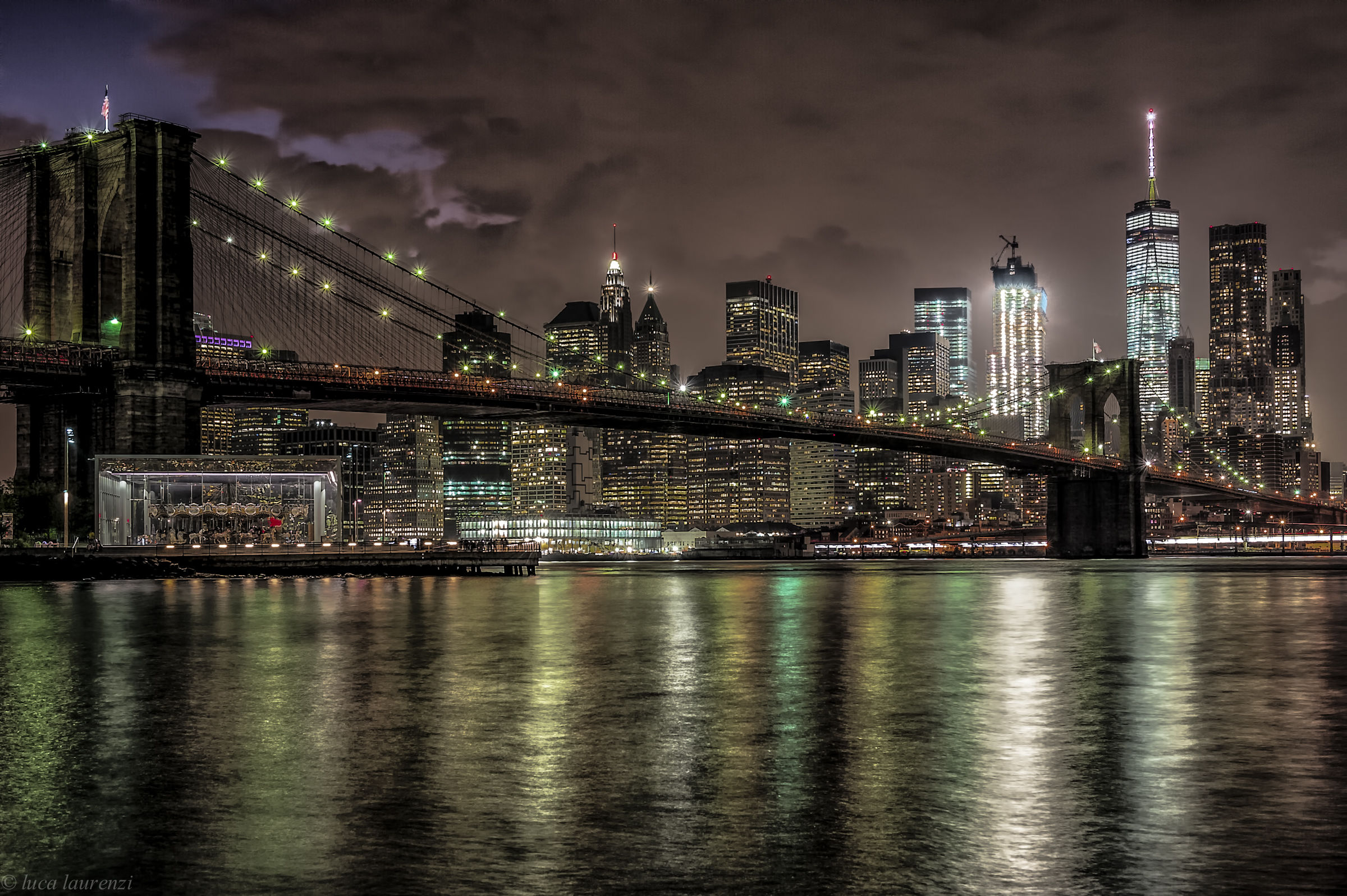 Brooklyn bridge by night...