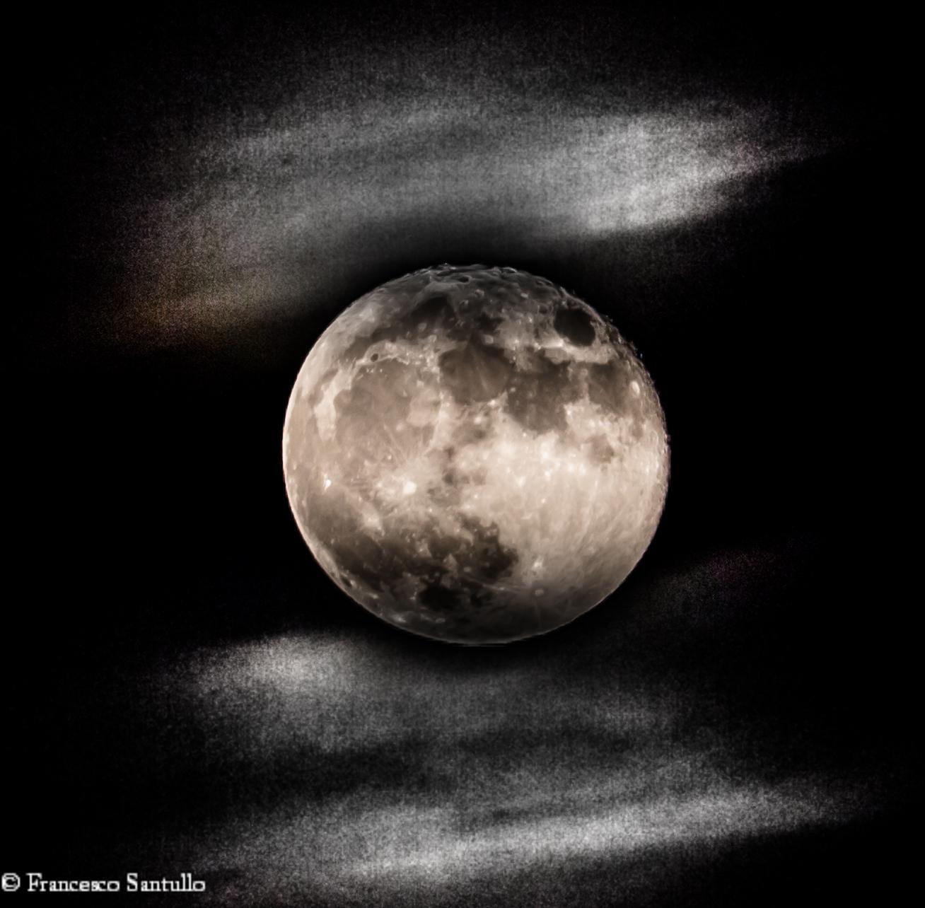 La mia the Moon...