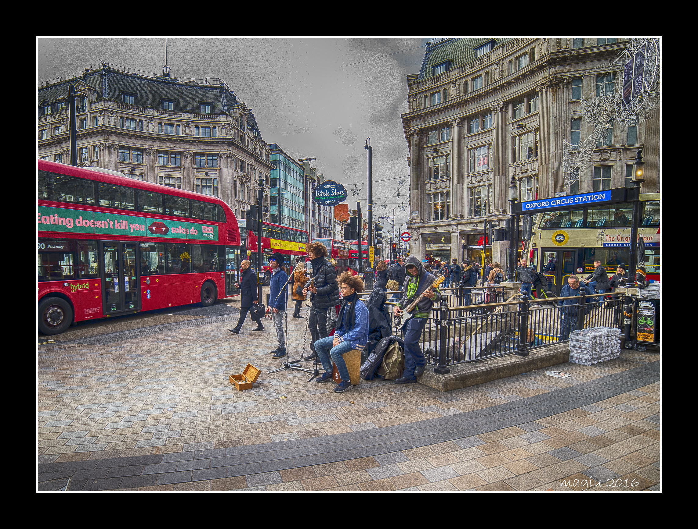 Londra - Buskers ad Oxford Circus...