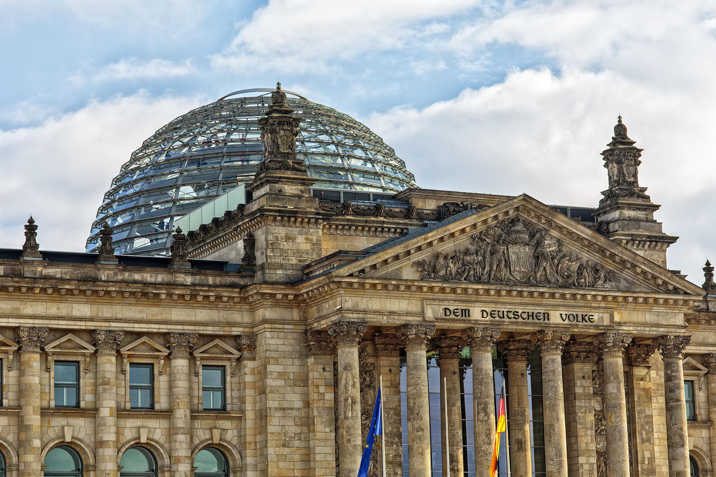 Bundestag...