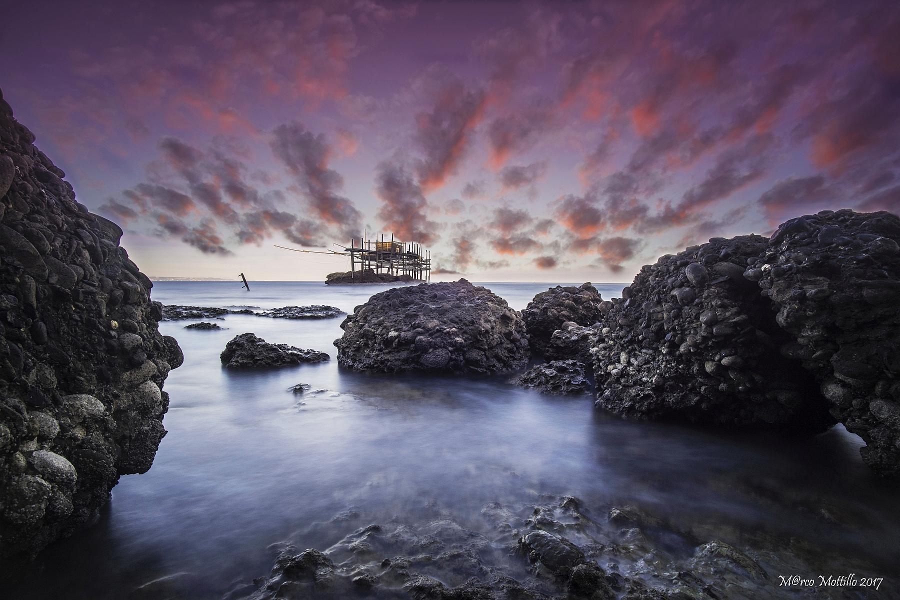 Punta Aderci the trebuchet...