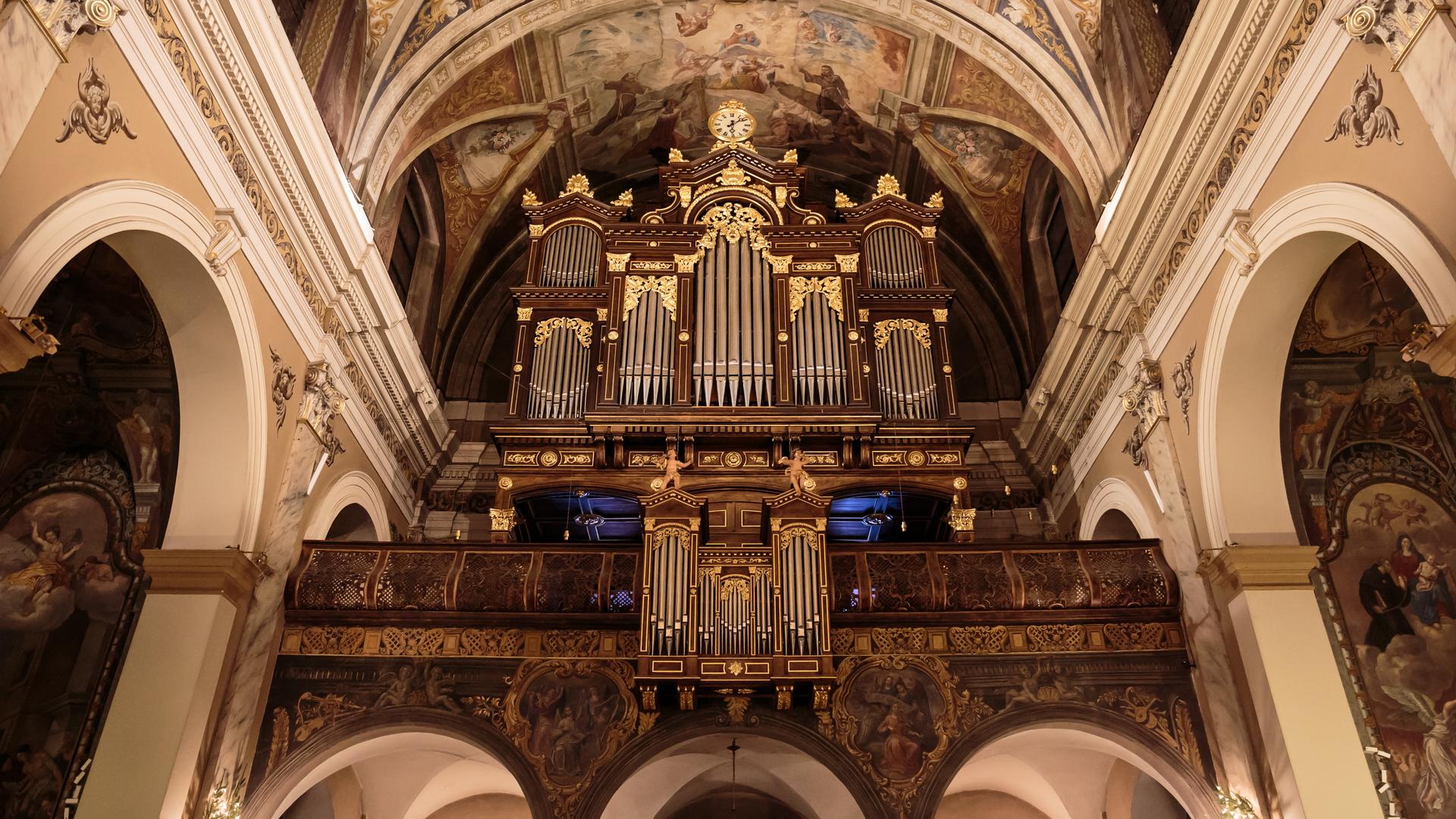 Organ of the Franciscan Church in Ljubljana...