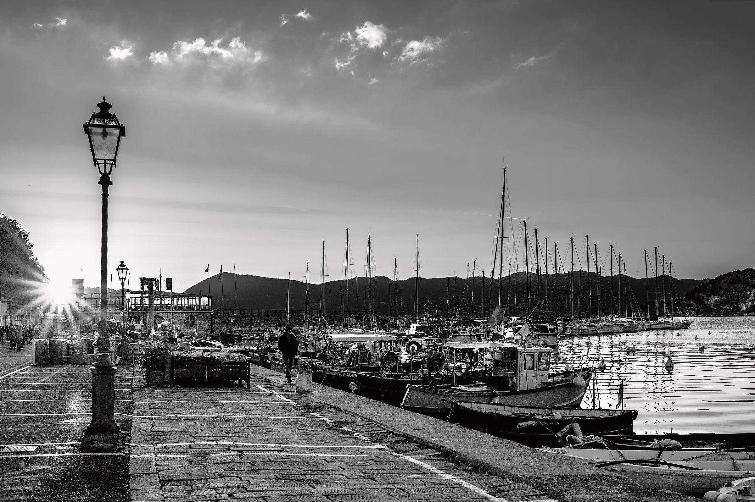 Harbour Lerici 3...