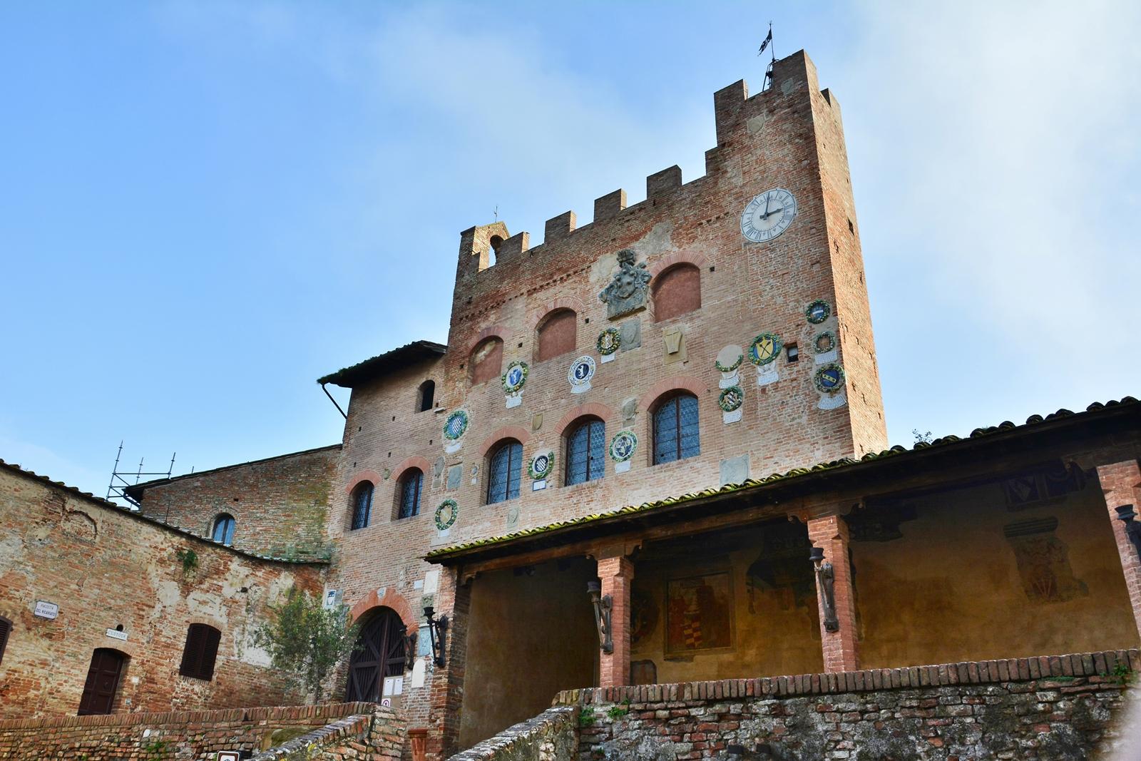 Palazzo Pretorio...