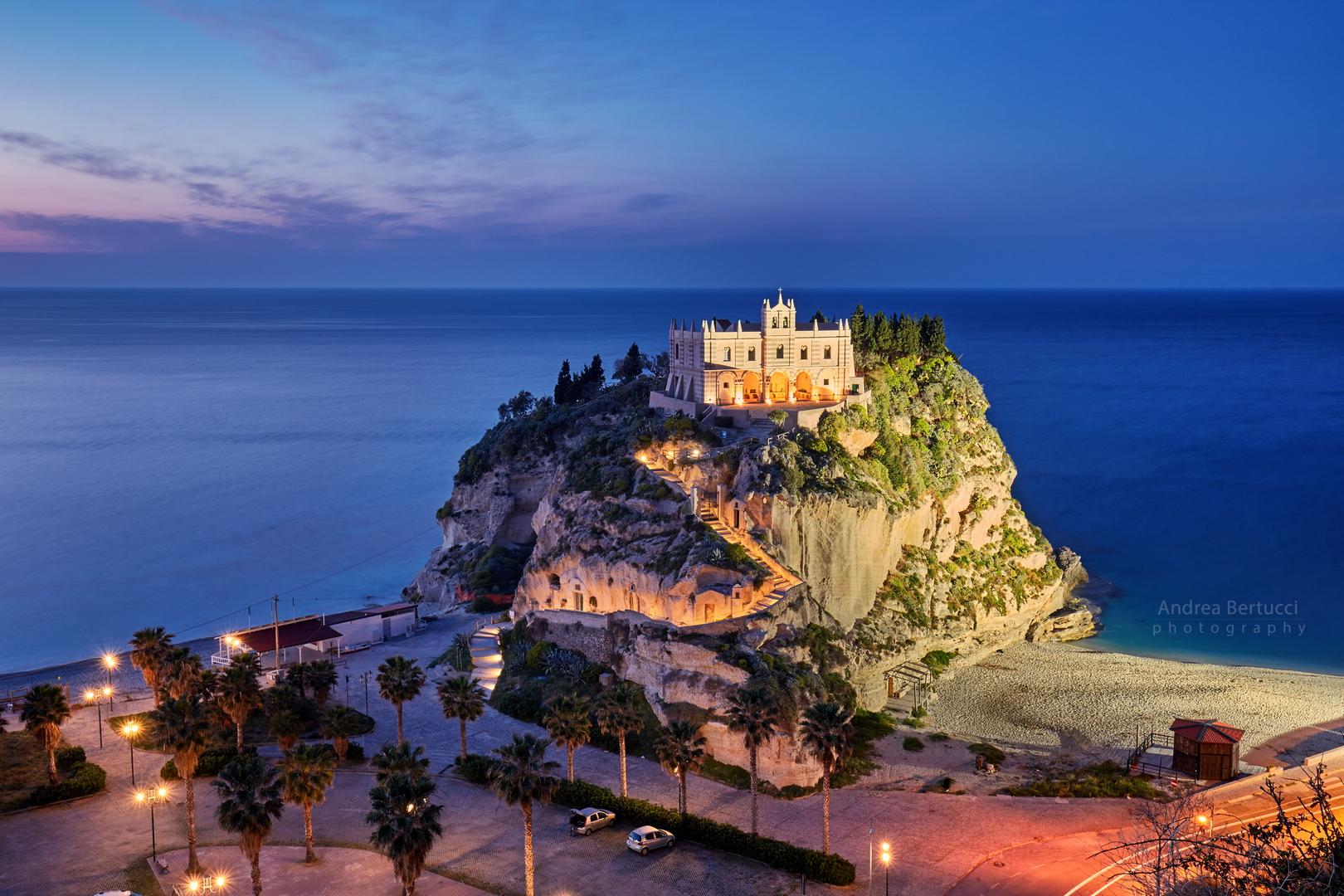 Santa Maria dell'isola - Tropea...