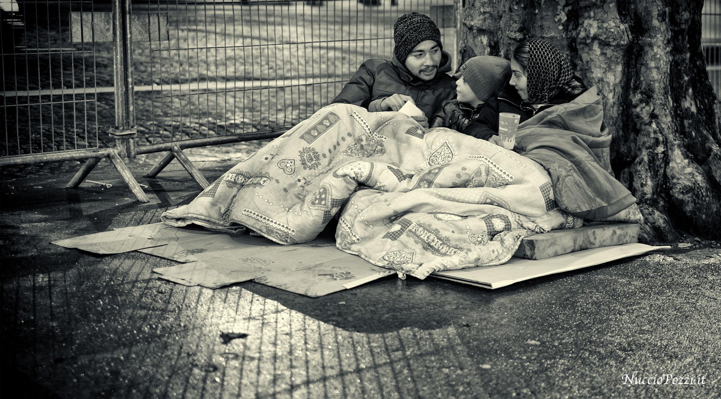 La povertà sorridente...