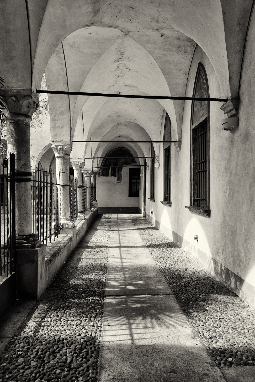 Cloister of St. James, Soncino (cr)...