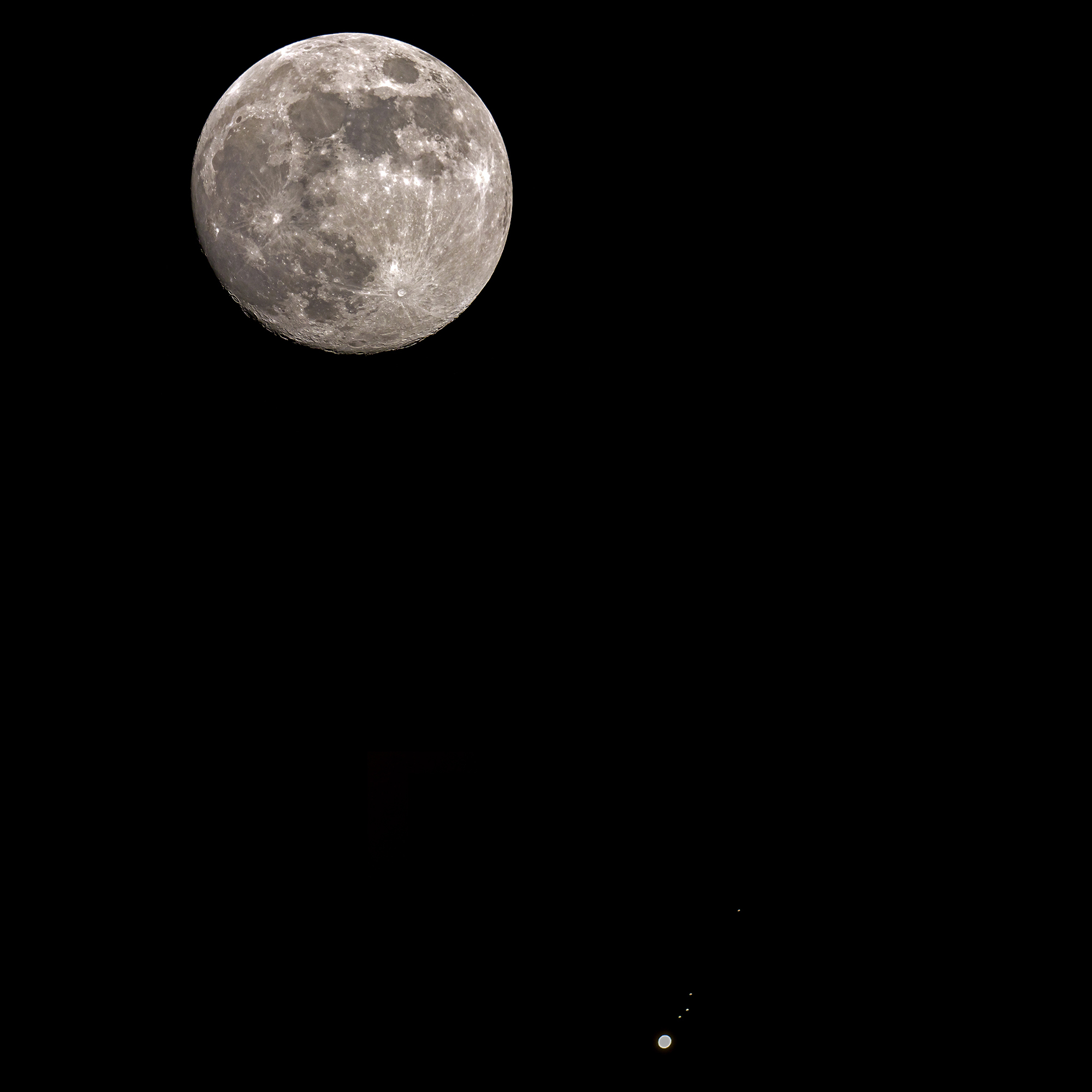 Moon and Jupiter 10 .04.2017...
