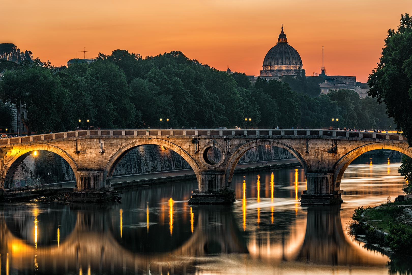 How beautiful are you in Rome tonight ......