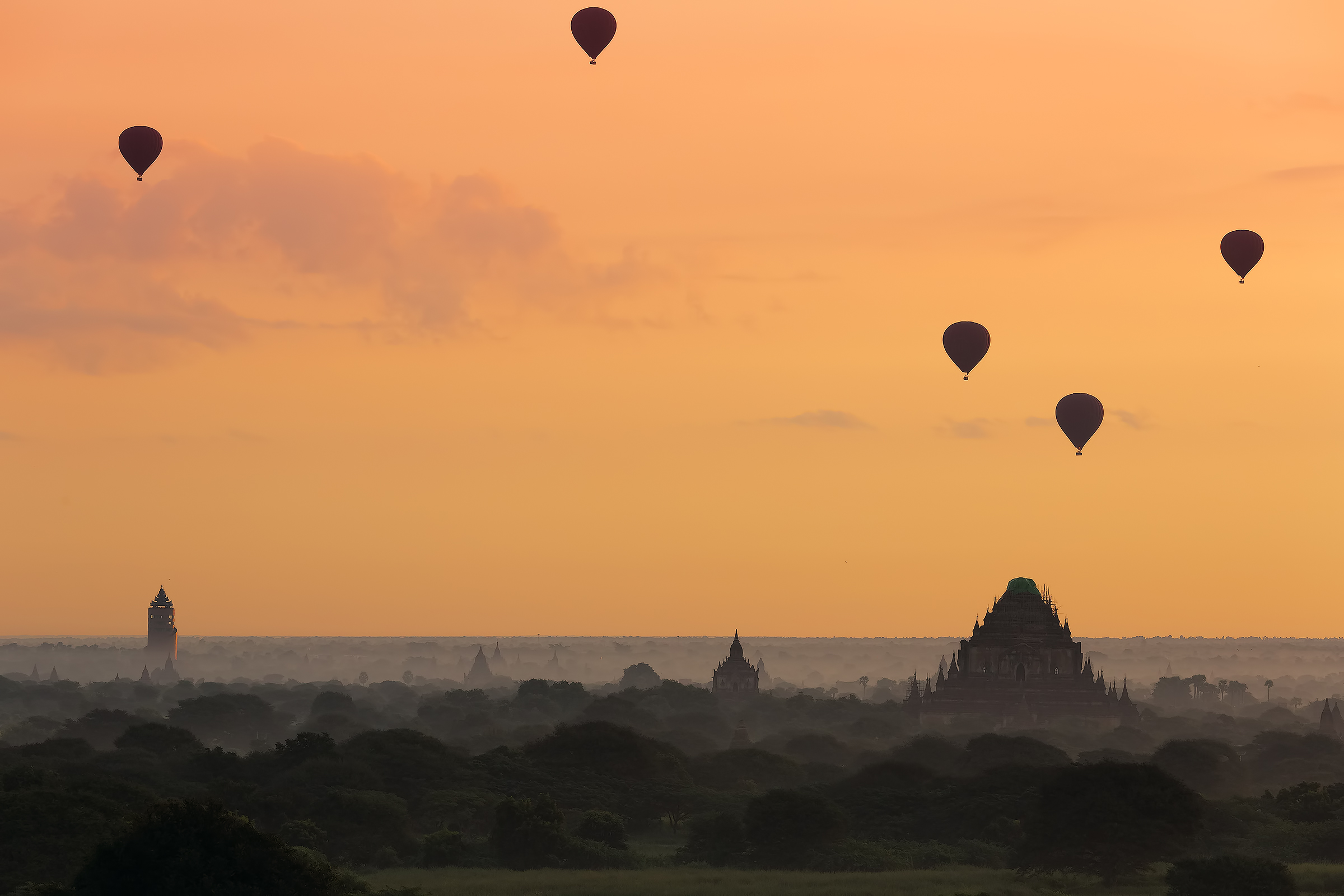 Dawn in Bagan...
