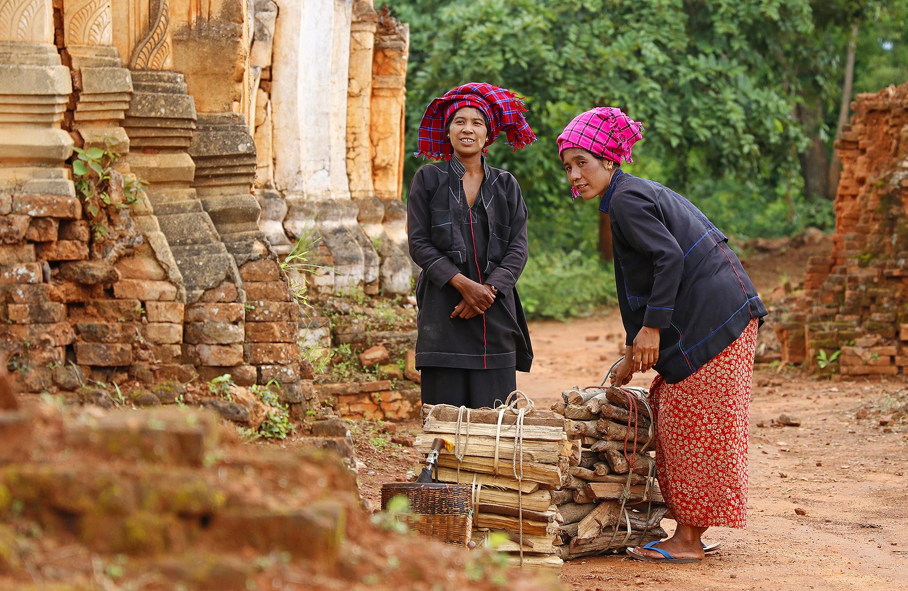 Burmese women — img 14