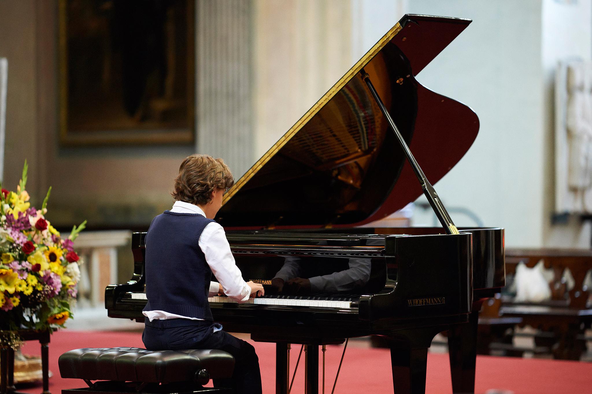 Il giovane pianista...