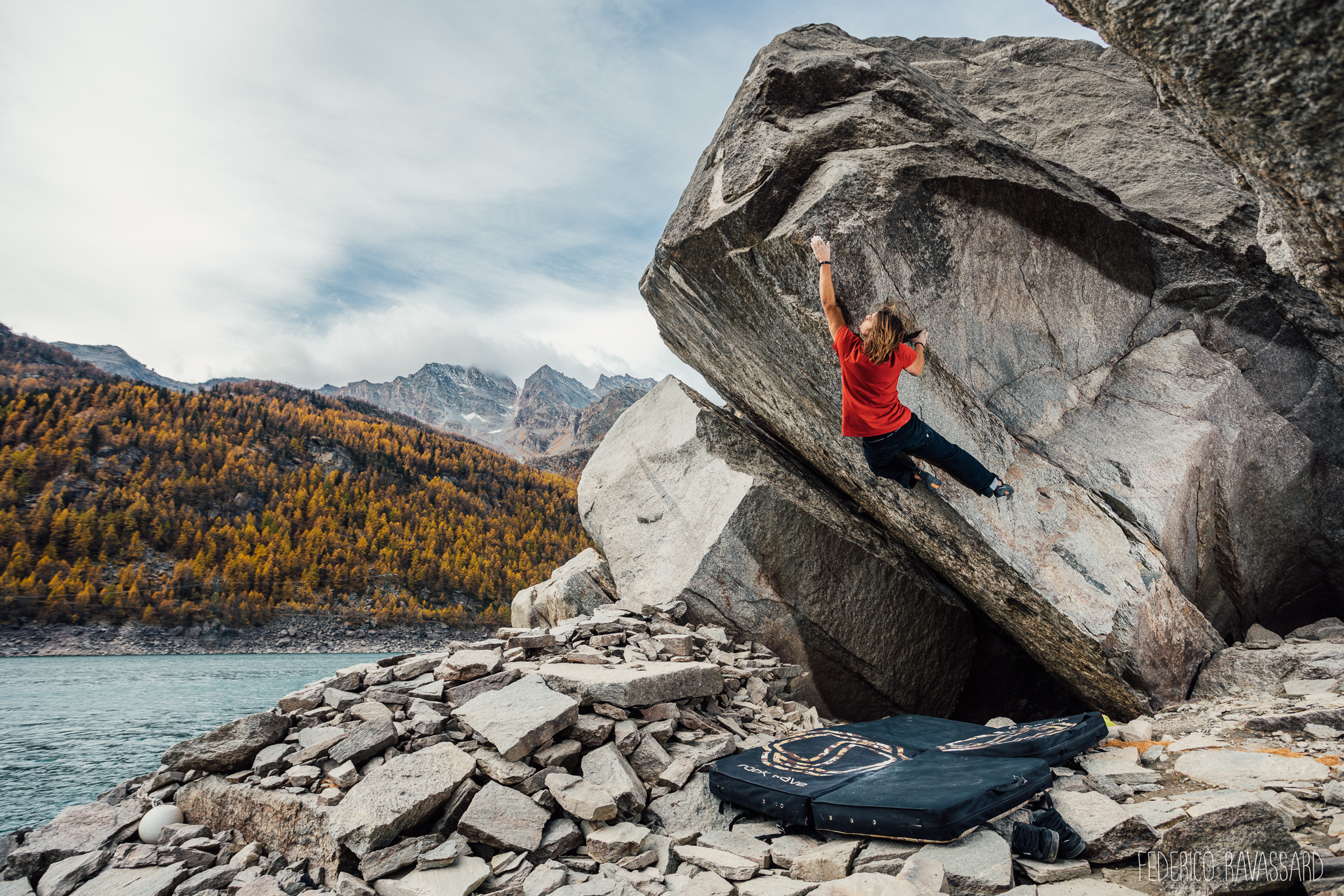 Bouldering at Real Ceresole...