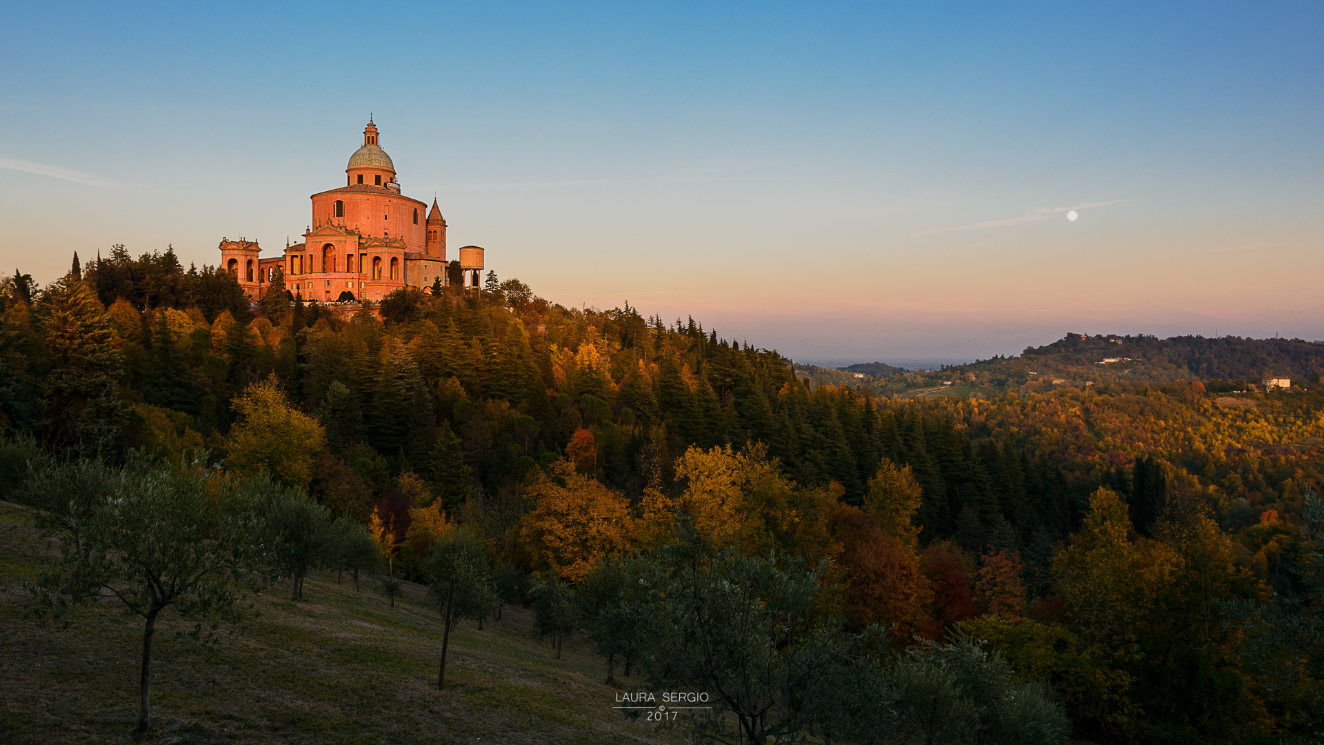 San Luca is dying in the autumn...