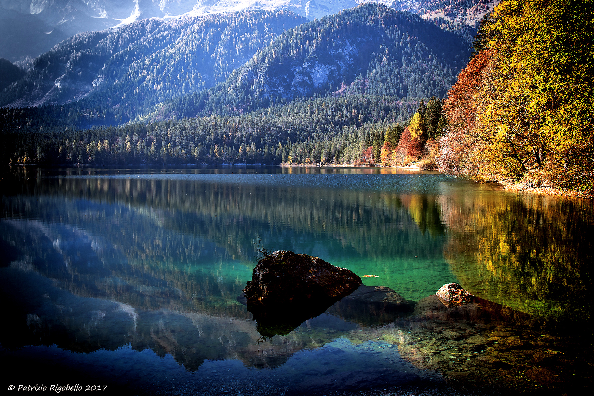 Tovel Lake on a Sunshine Day...