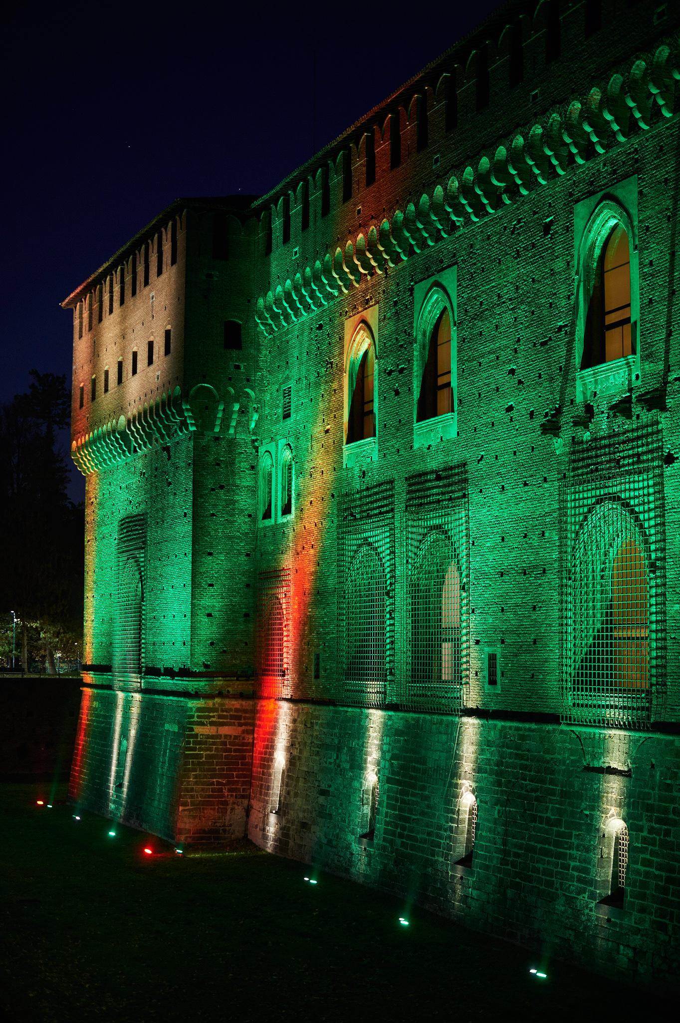 Luci al Castello Sforzesco...