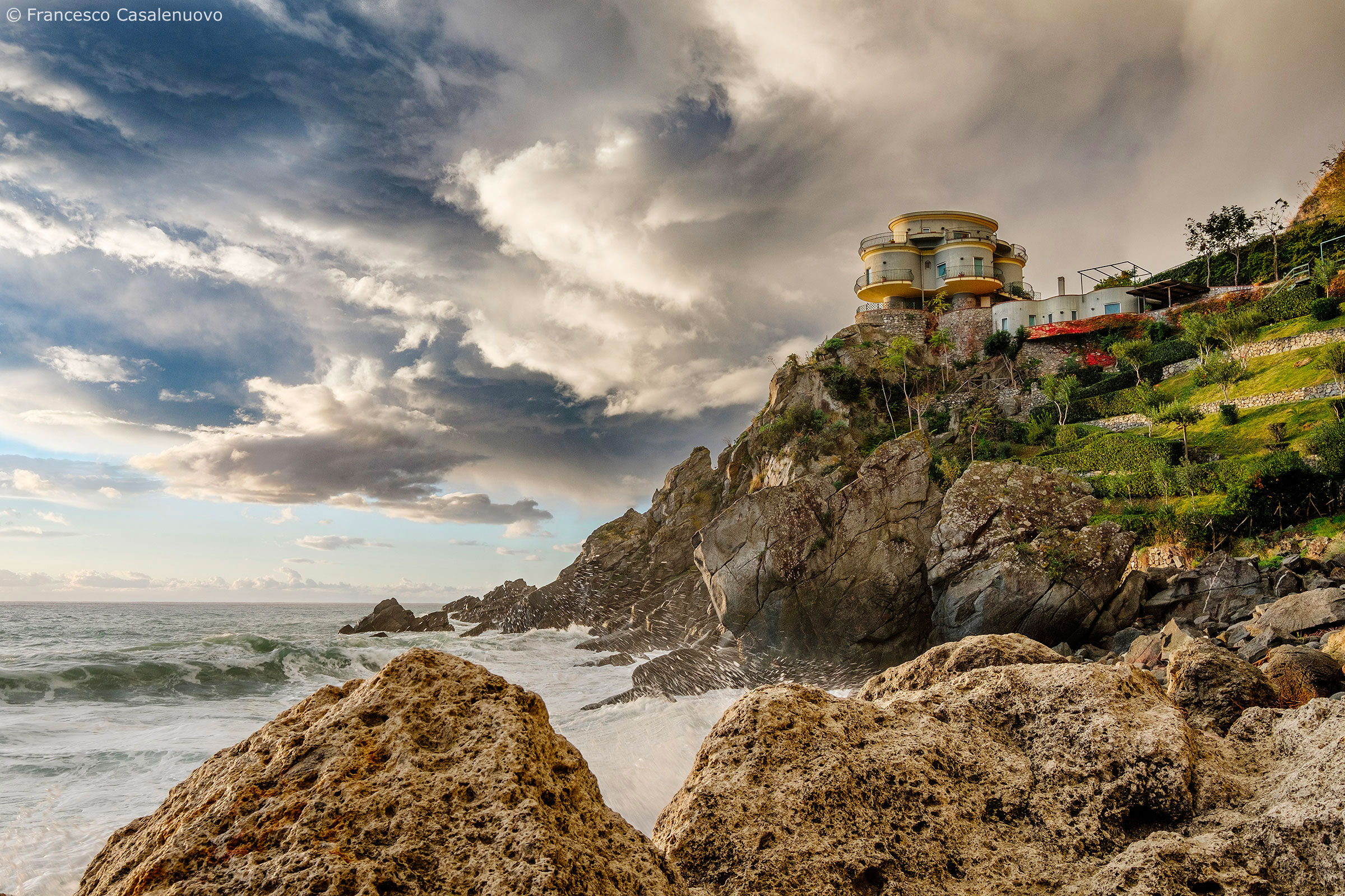 The house on the cliff...