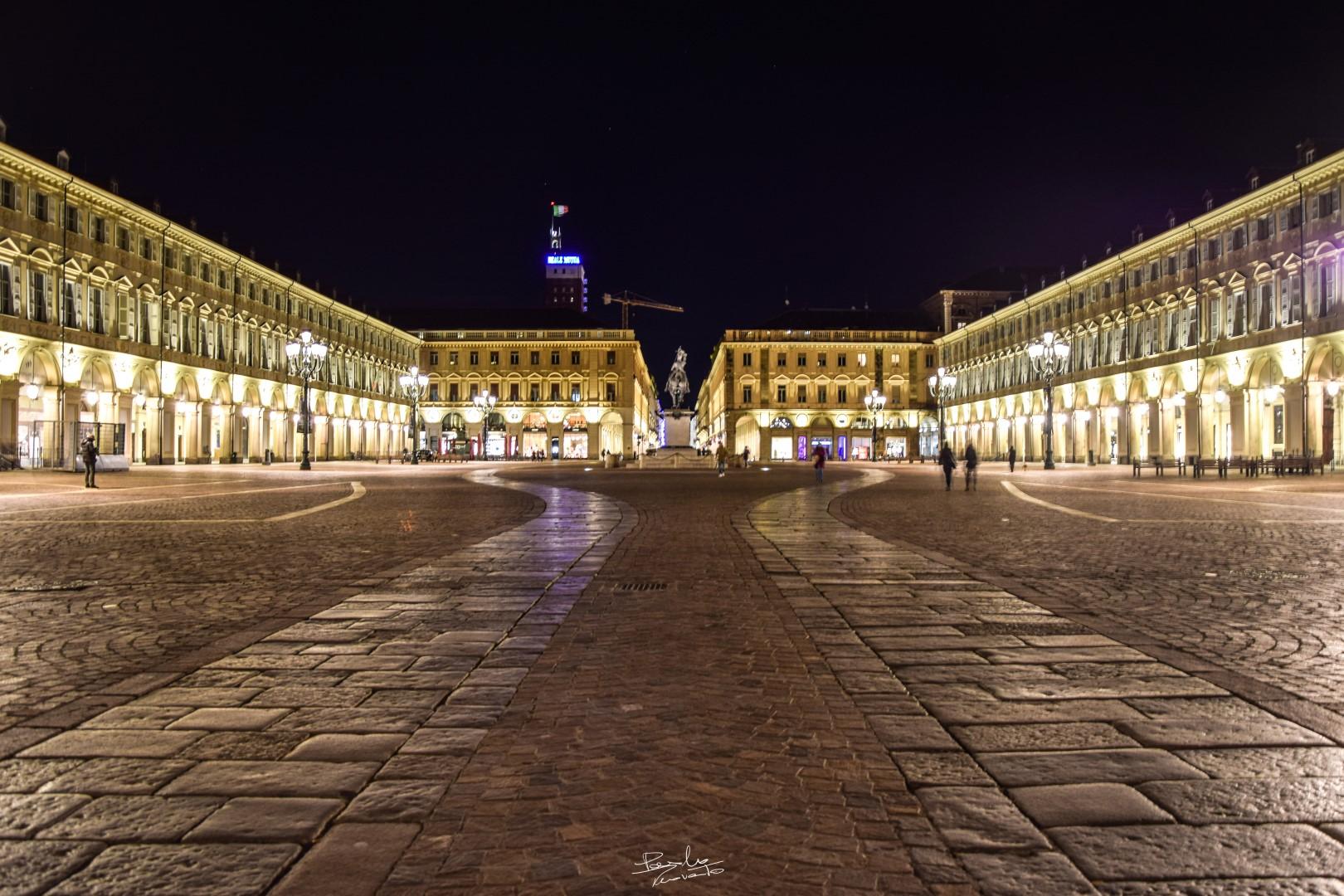 Piazza S. Carlo...