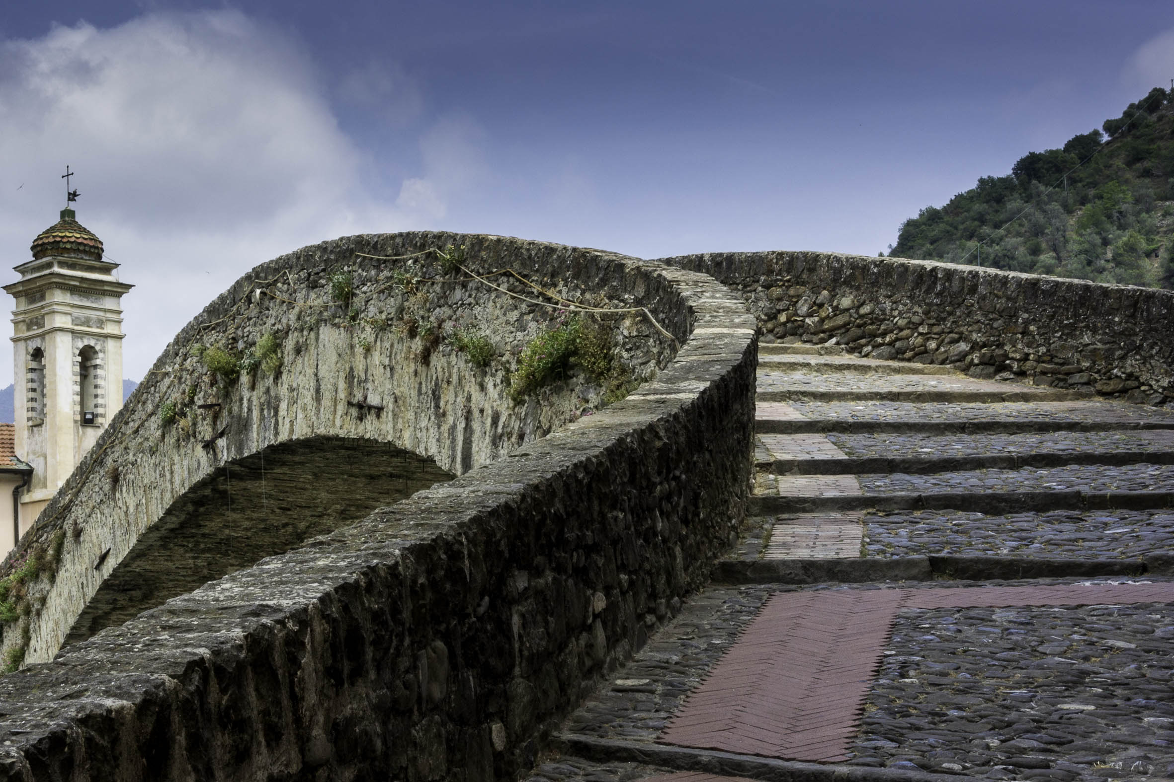 Dolceacqua - Ponte vecchio...