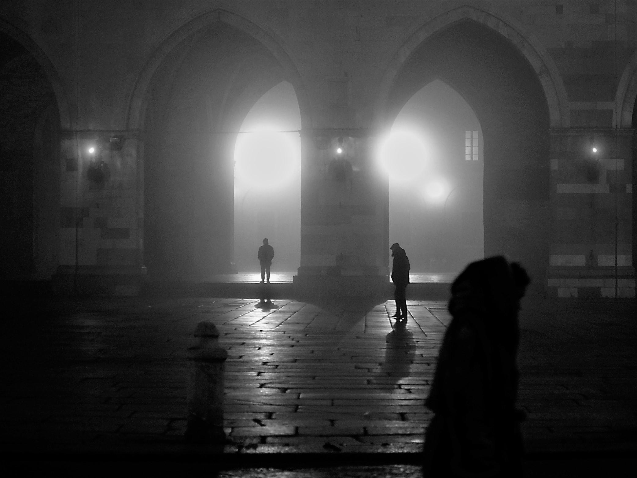 gothic fog...