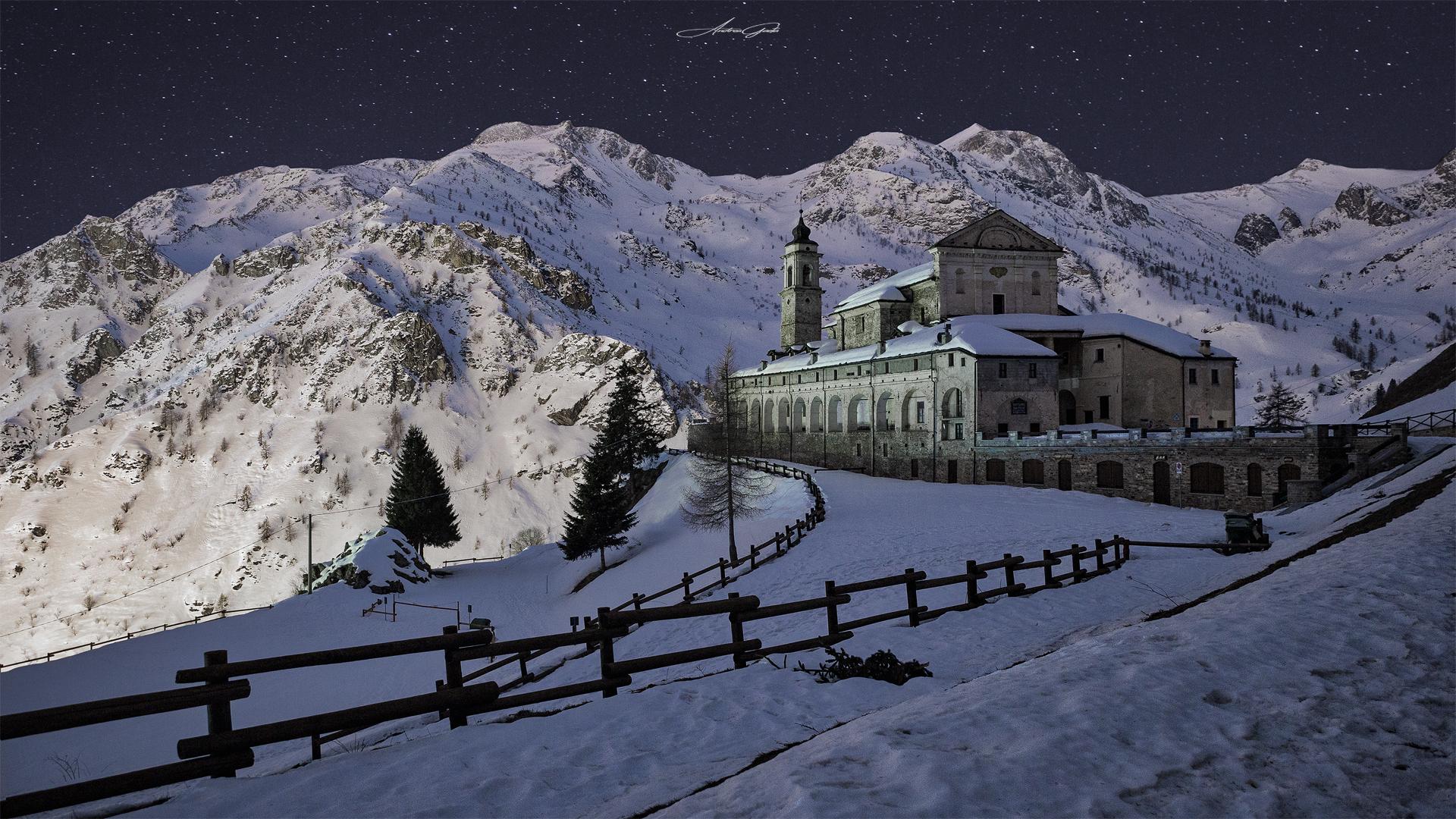Castelmagno-Santuario di San Magno...