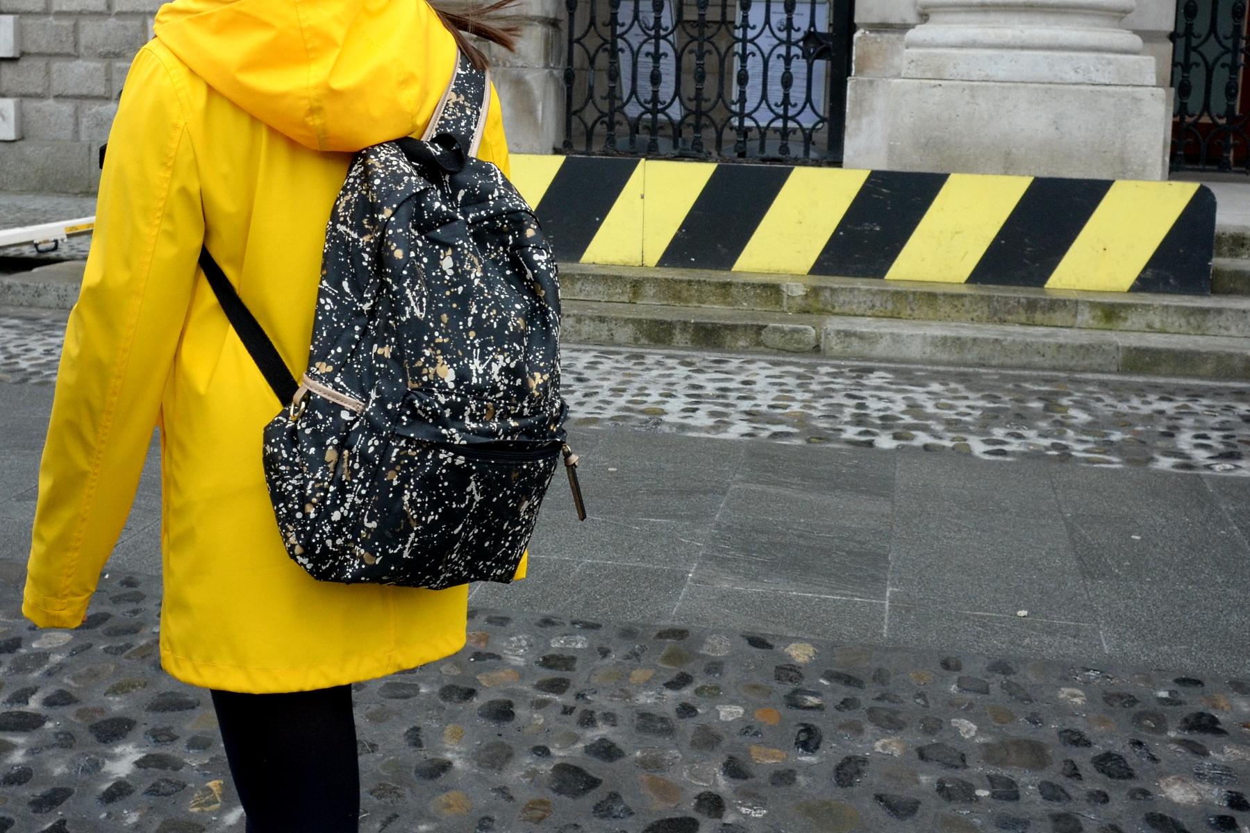 Black & Yellow...