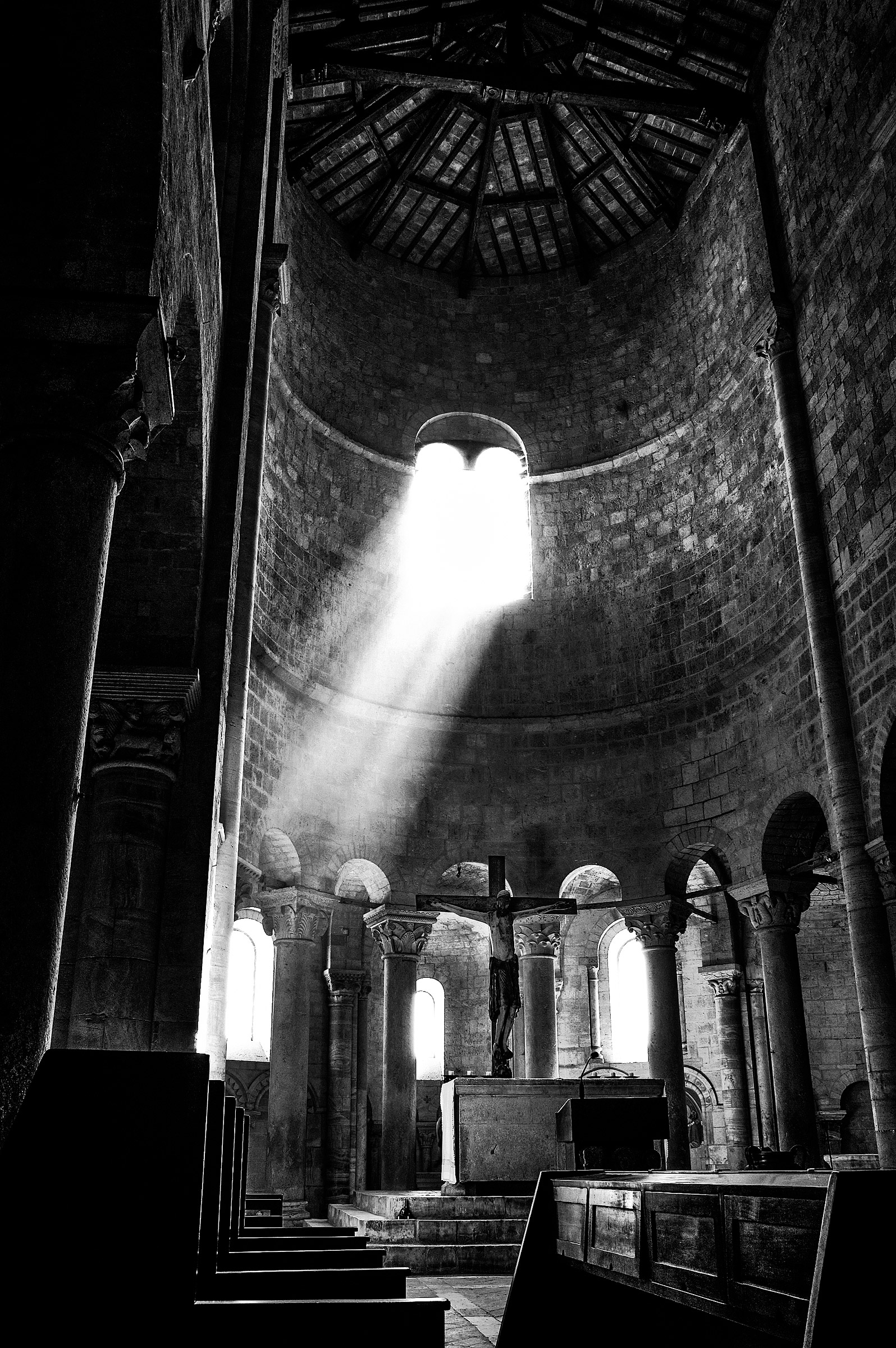 Light to the Abbey of sant'antimo...