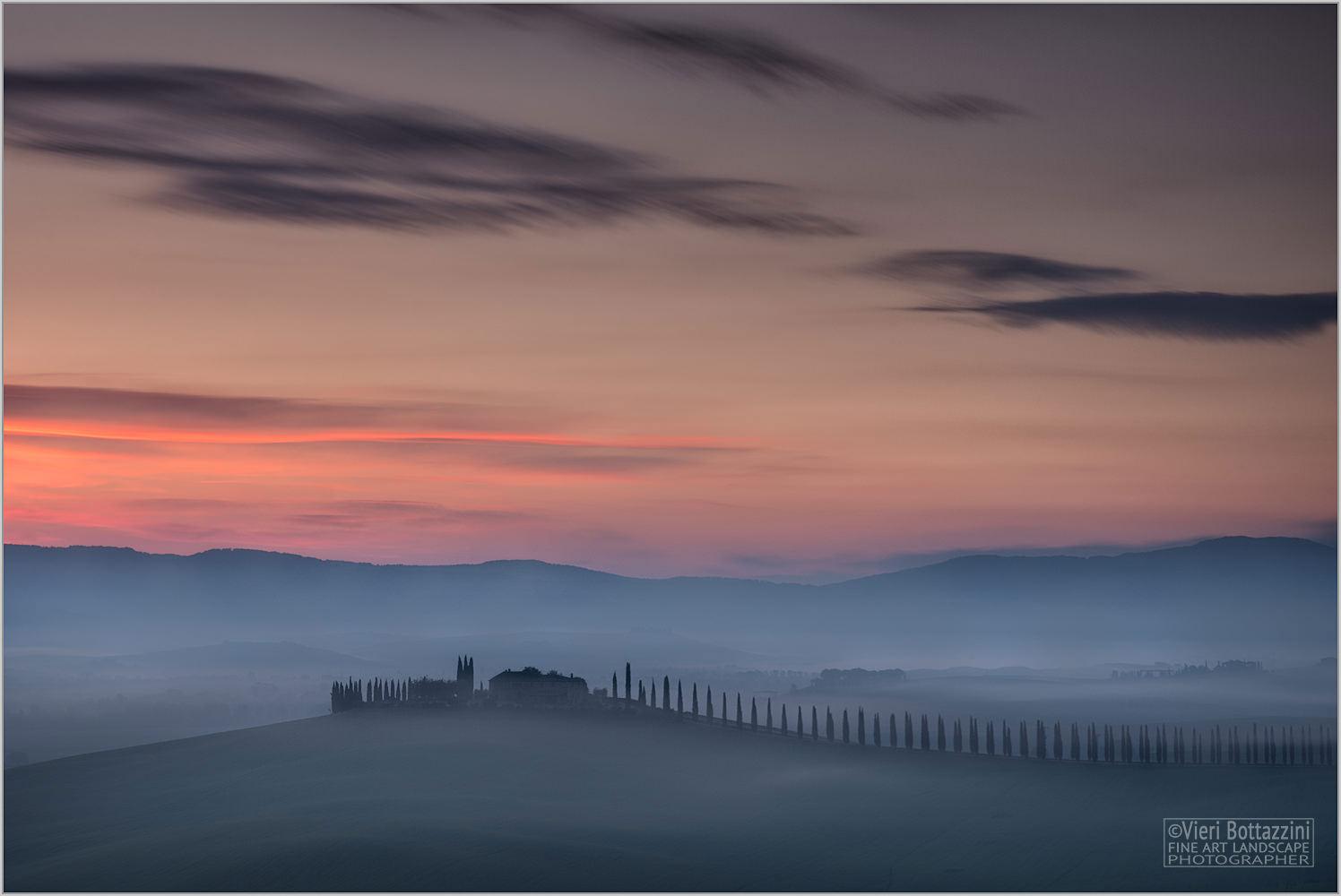 Misty dawn in Poggio Chaurasia...