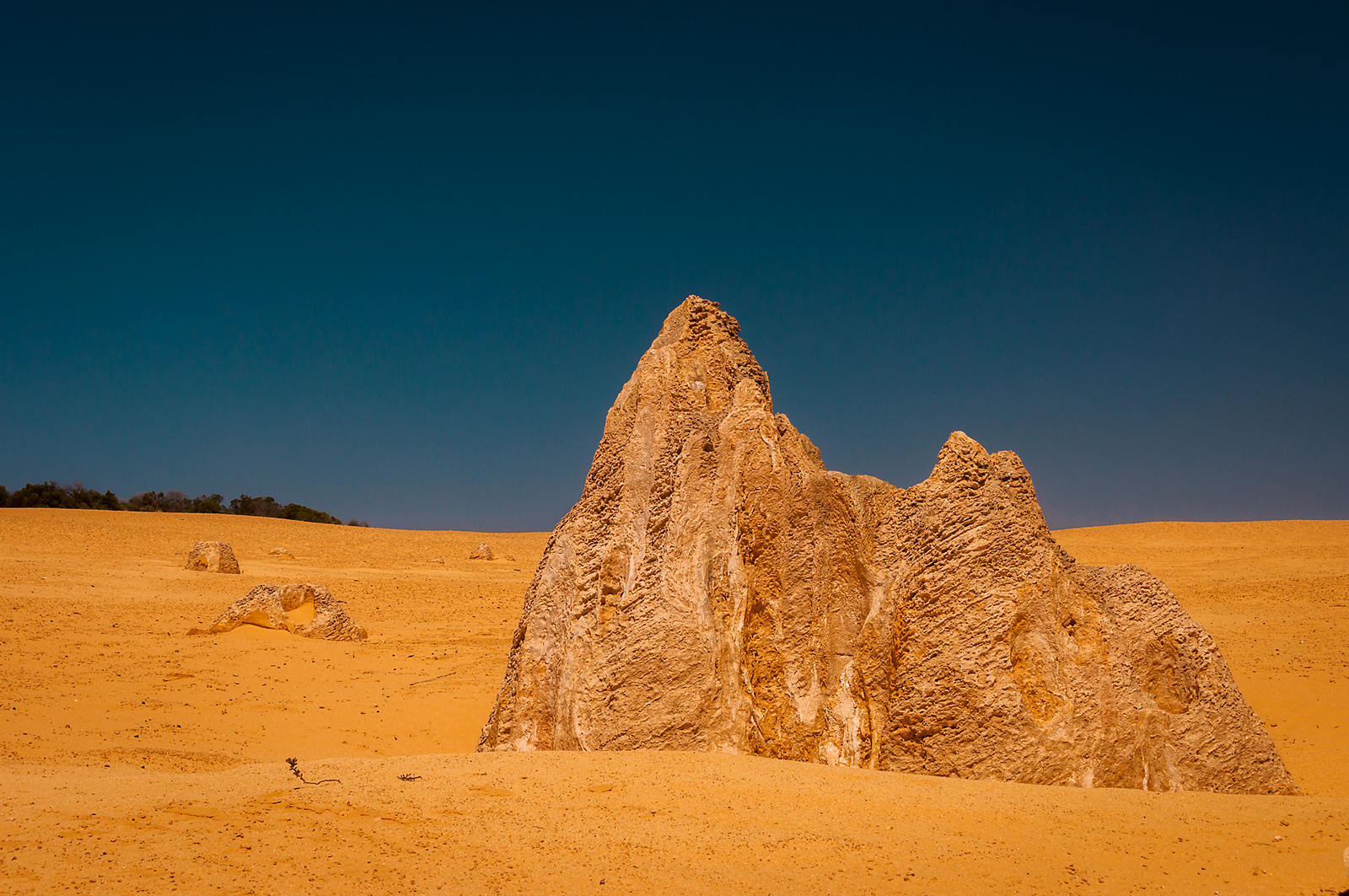Pinnacles ......
