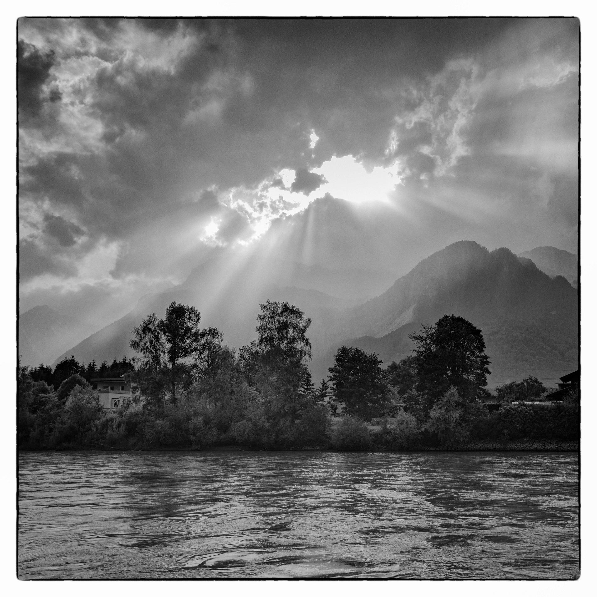 Tyrol-River Inn at Rattenberg 1...
